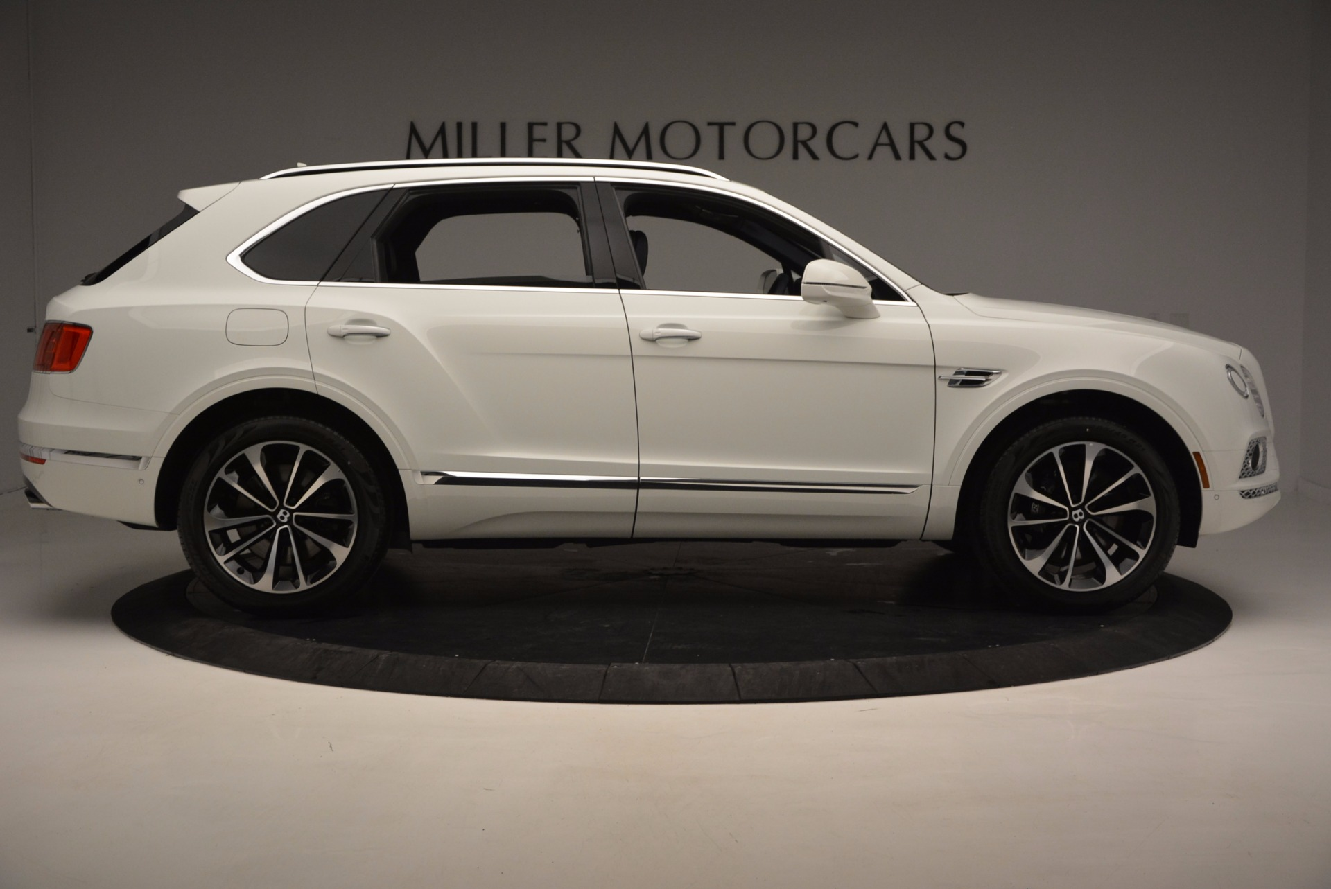 New 2017 Bentley Bentayga  For Sale In Westport, CT 794_p9