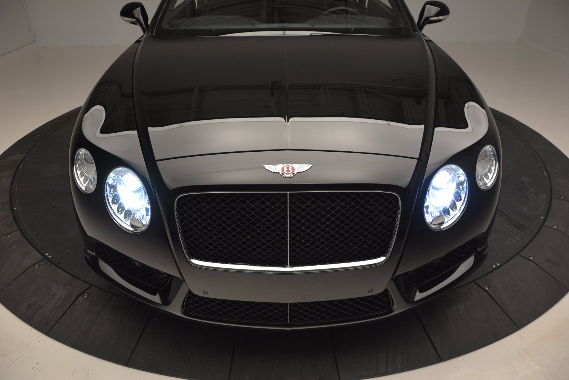 Used 2013 Bentley Continental GT V8 For Sale In Westport, CT 797_p16