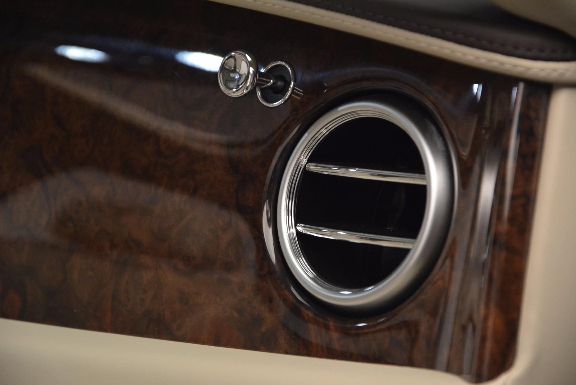Used 2016 Bentley Flying Spur W12  For Sale In Westport, CT 804_p60
