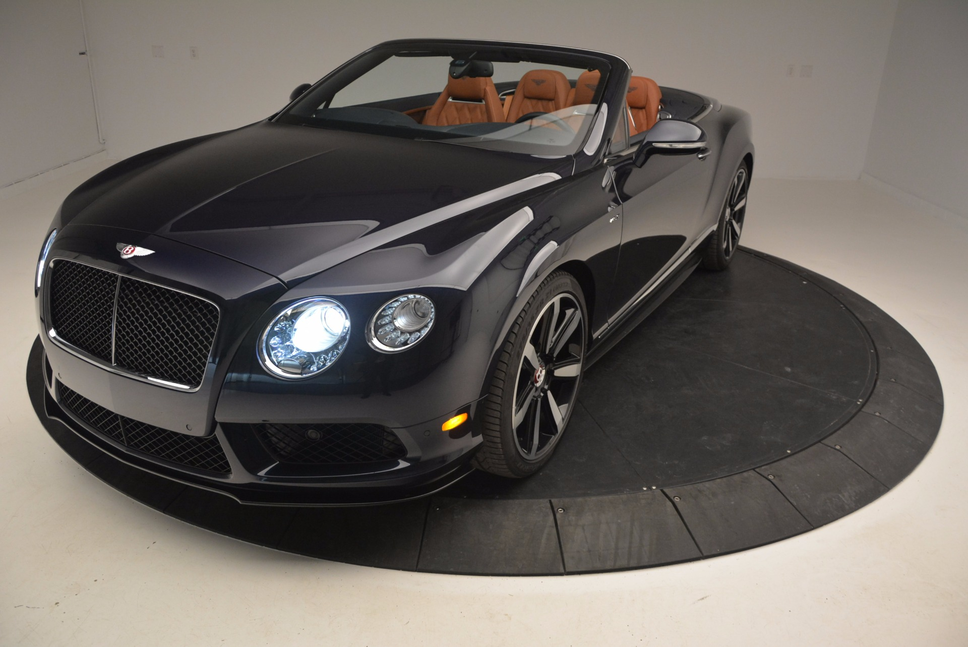 Used 2015 Bentley Continental GT V8 S For Sale In Westport, CT 807_p25
