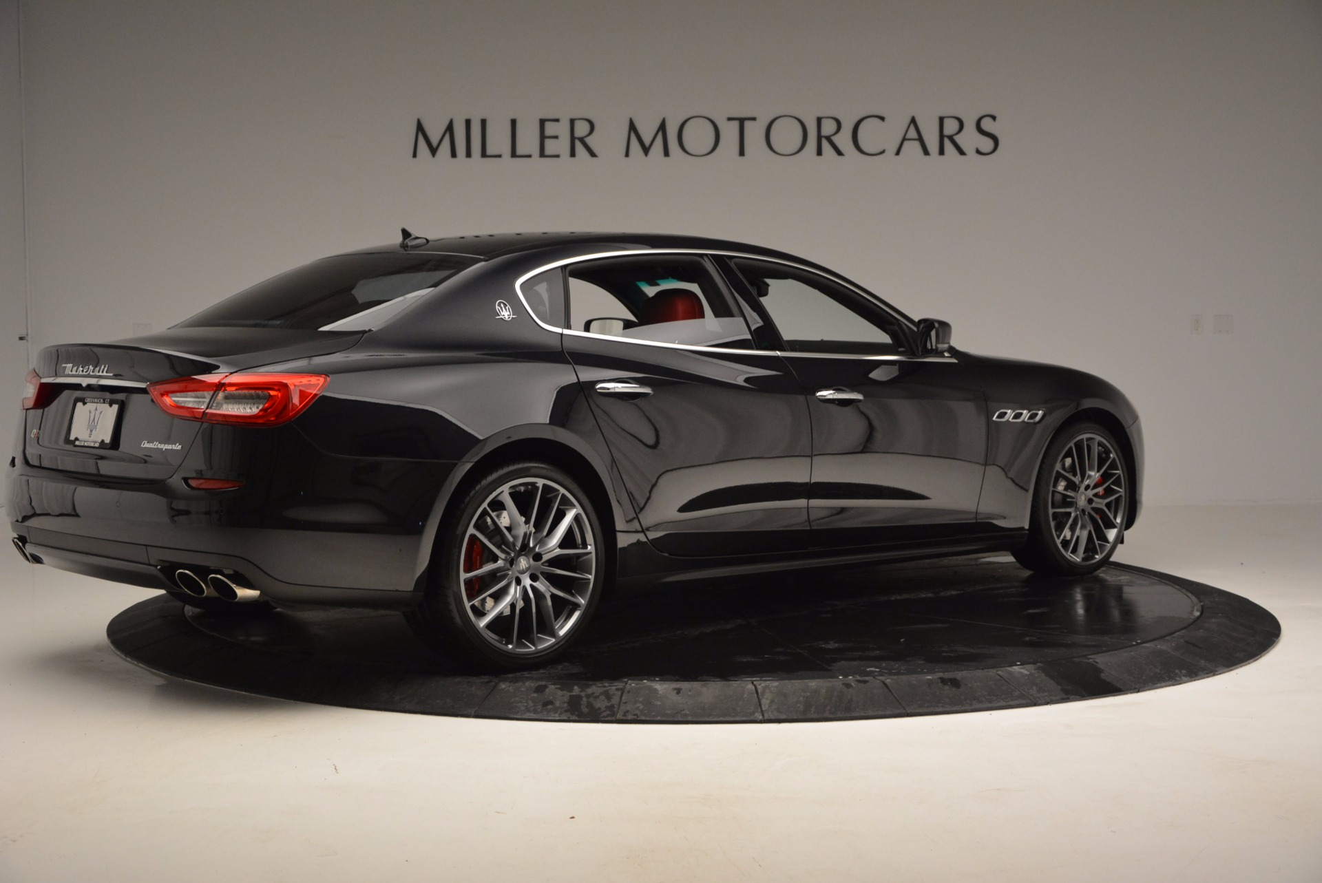 Used 2015 Maserati Quattroporte S Q4 For Sale In Westport, CT 809_p8