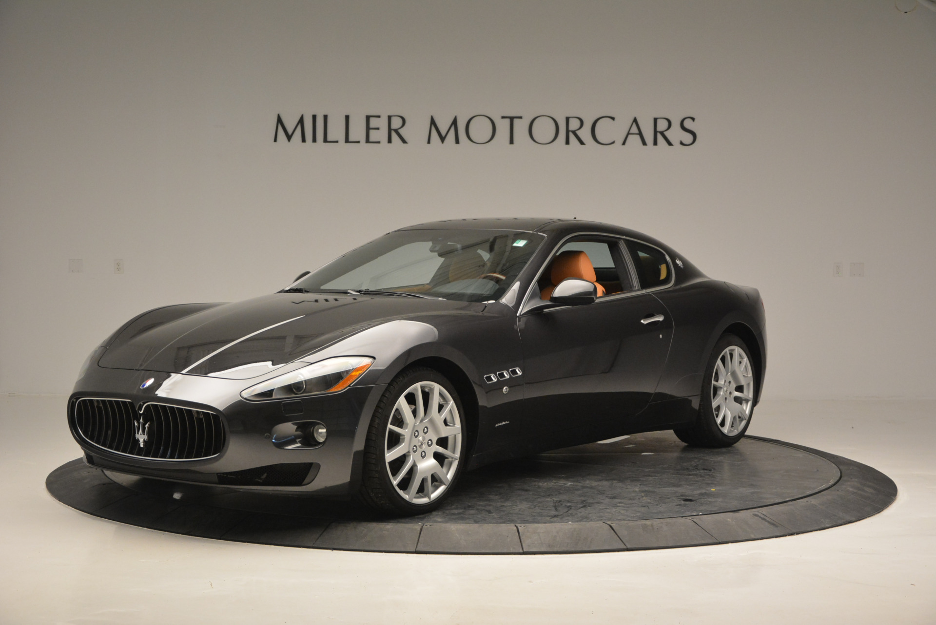 Used 2011 Maserati GranTurismo  For Sale In Westport, CT 816_p2