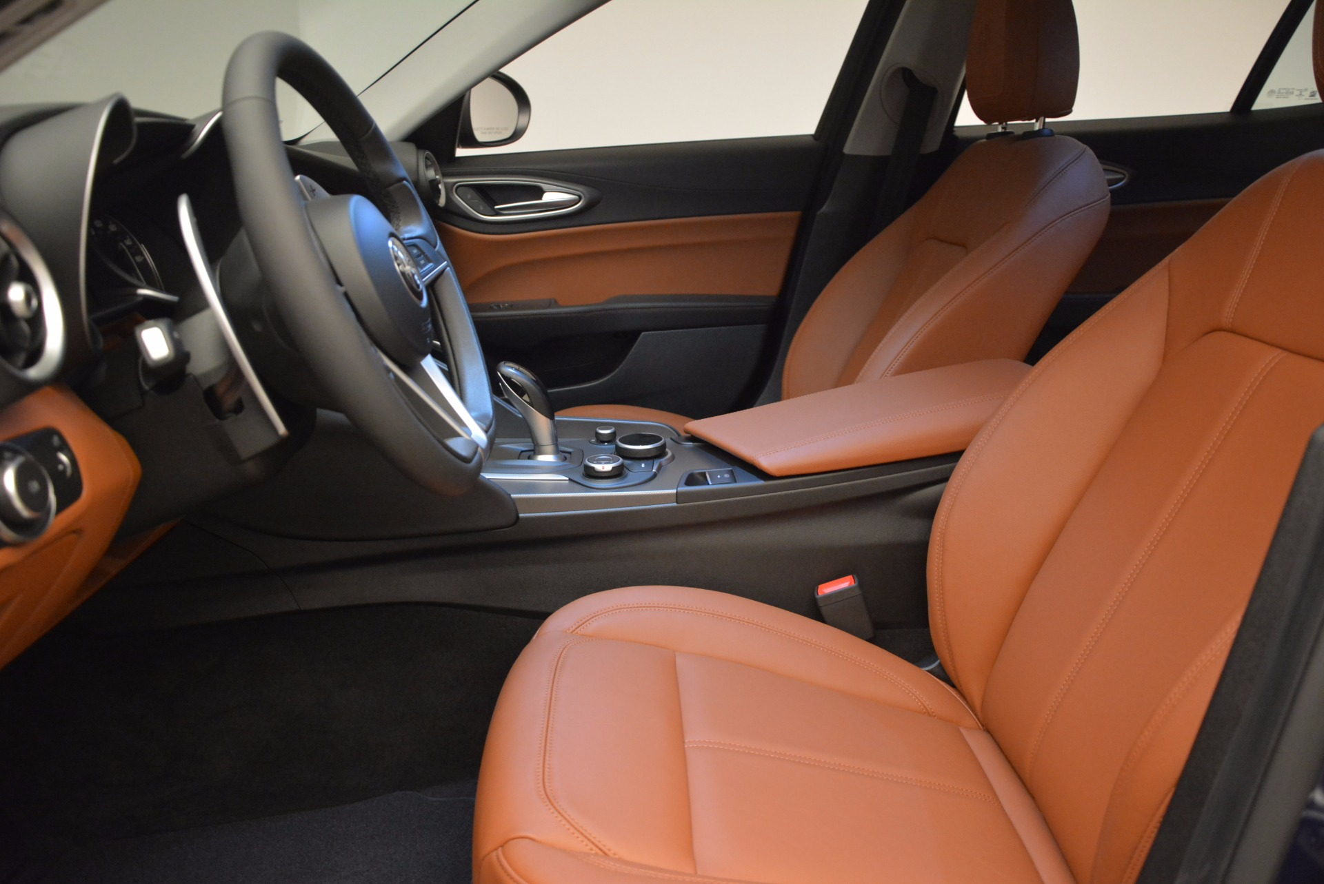New 2017 Alfa Romeo Giulia Q4 For Sale In Westport, CT 829_p14