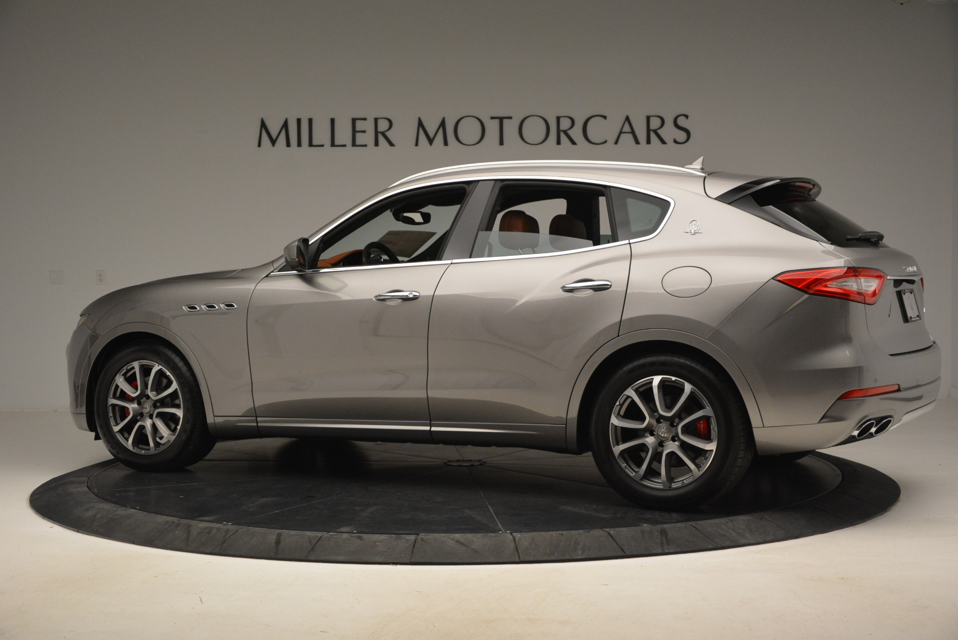 New 2017 Maserati Levante  For Sale In Westport, CT 839_p4