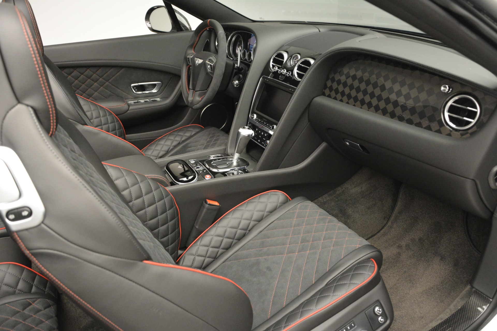 New 2018 Bentley Continental GT Supersports Convertible For Sale In Westport, CT 843_p26