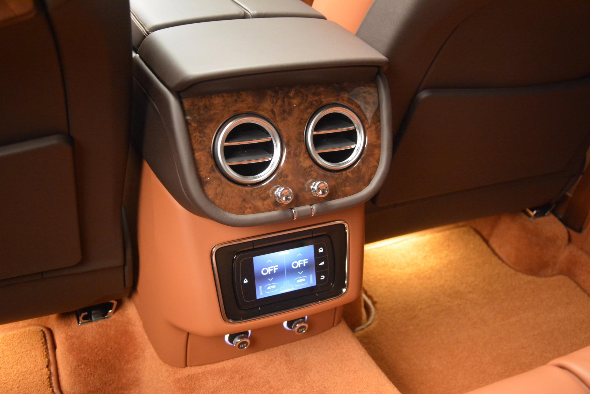 New 2017 Bentley Bentayga  For Sale In Westport, CT 852_p37