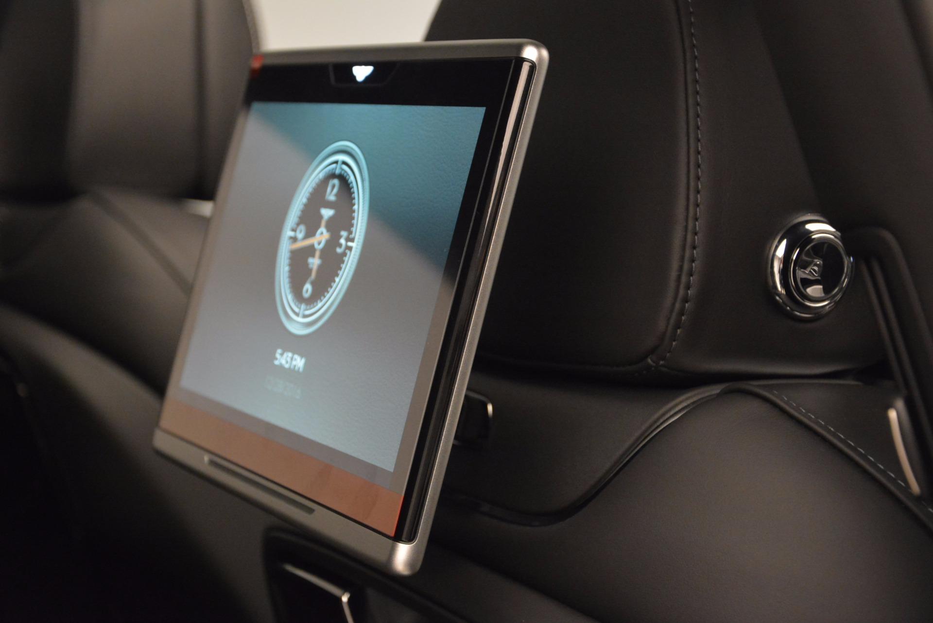 Used 2017 Bentley Bentayga  For Sale In Westport, CT 853_p53