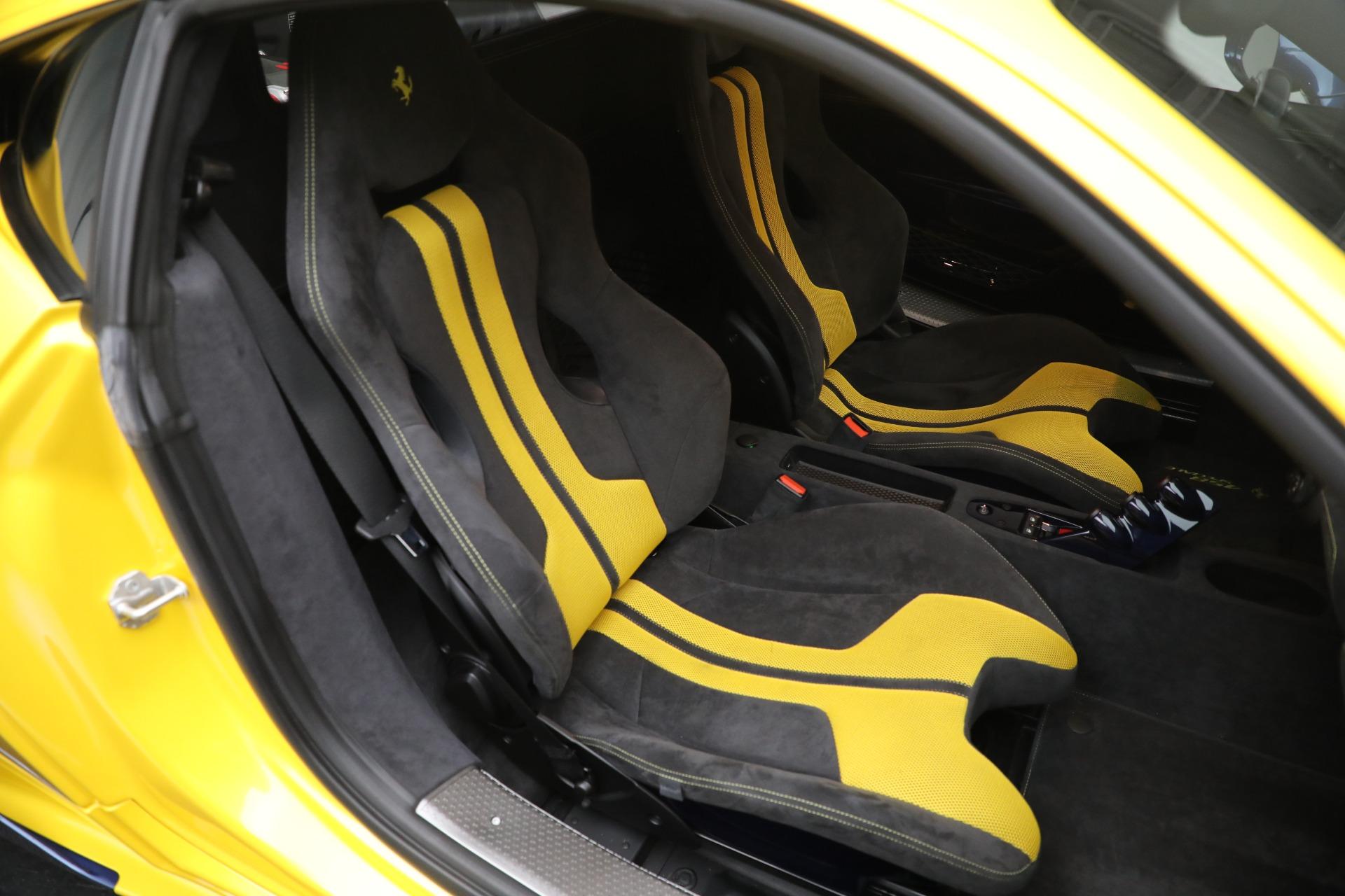 Used 2015 Ferrari 458 Speciale  For Sale In Westport, CT 857_p18