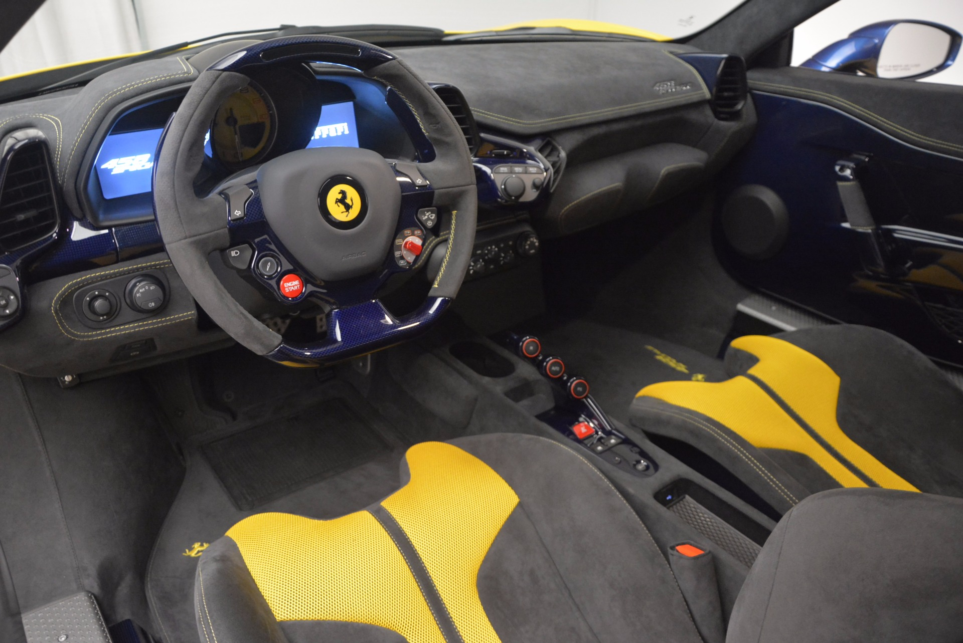 Used 2015 Ferrari 458 Speciale  For Sale In Westport, CT 857_p19