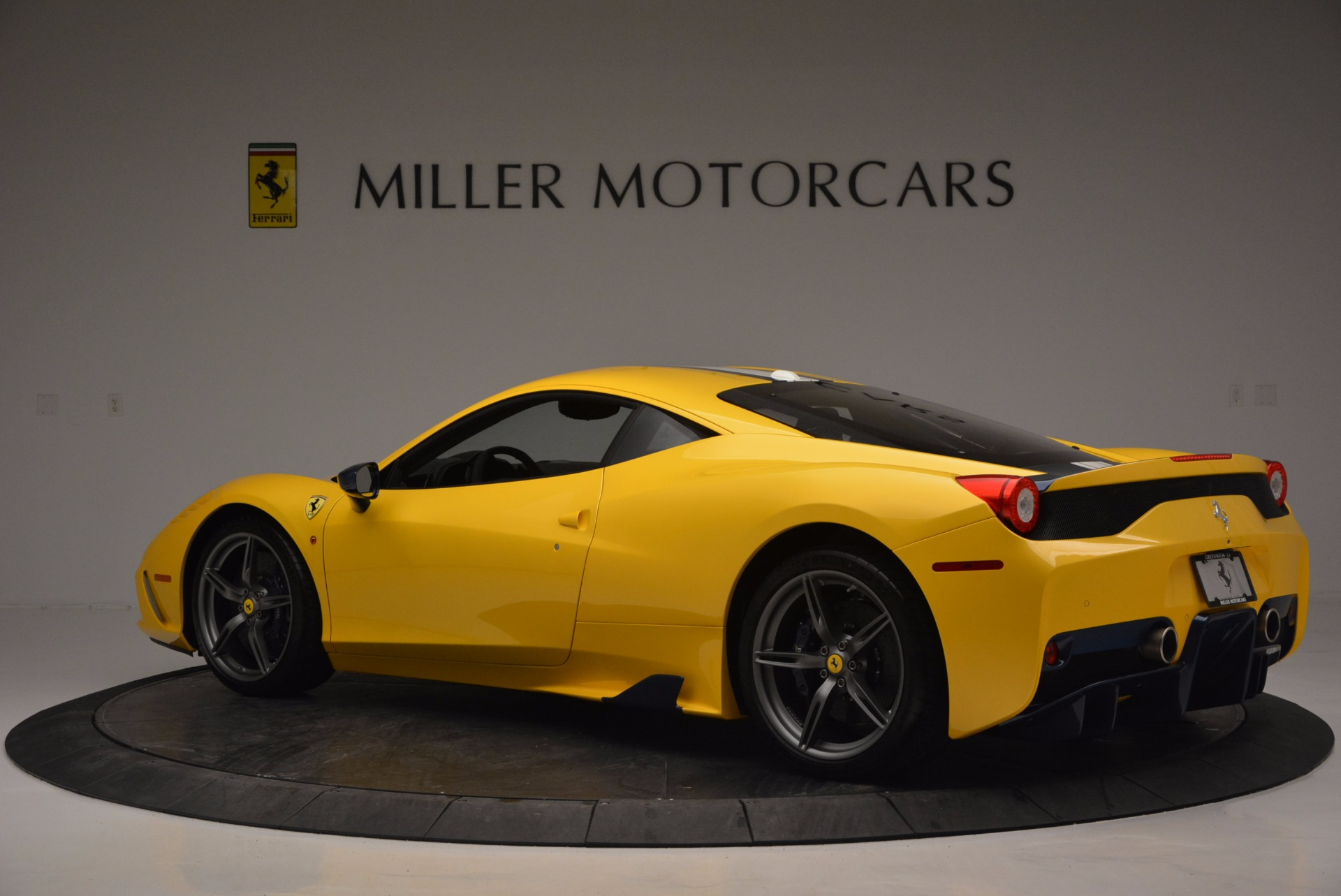 Used 2015 Ferrari 458 Speciale  For Sale In Westport, CT 857_p4