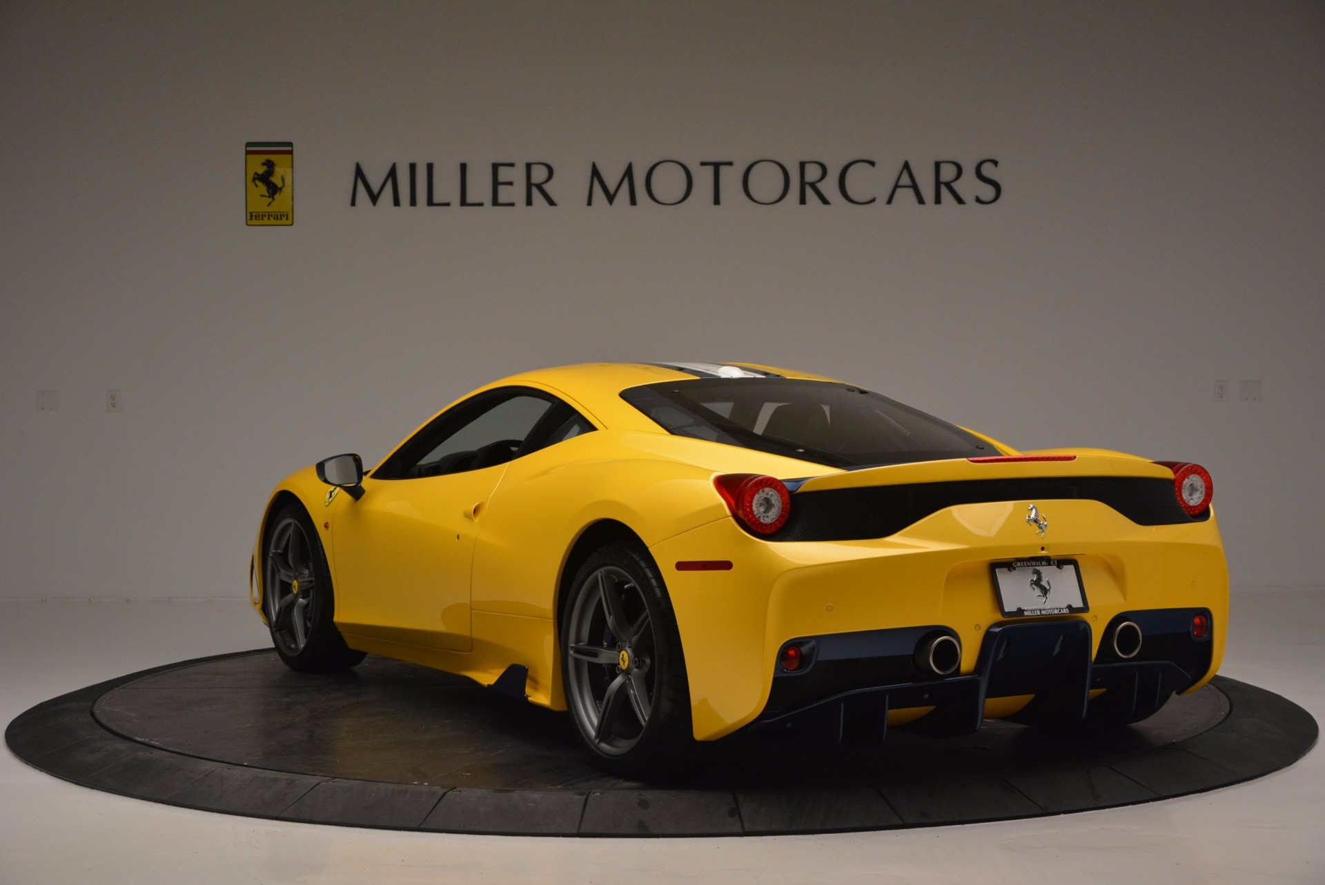 Used 2015 Ferrari 458 Speciale  For Sale In Westport, CT 857_p5