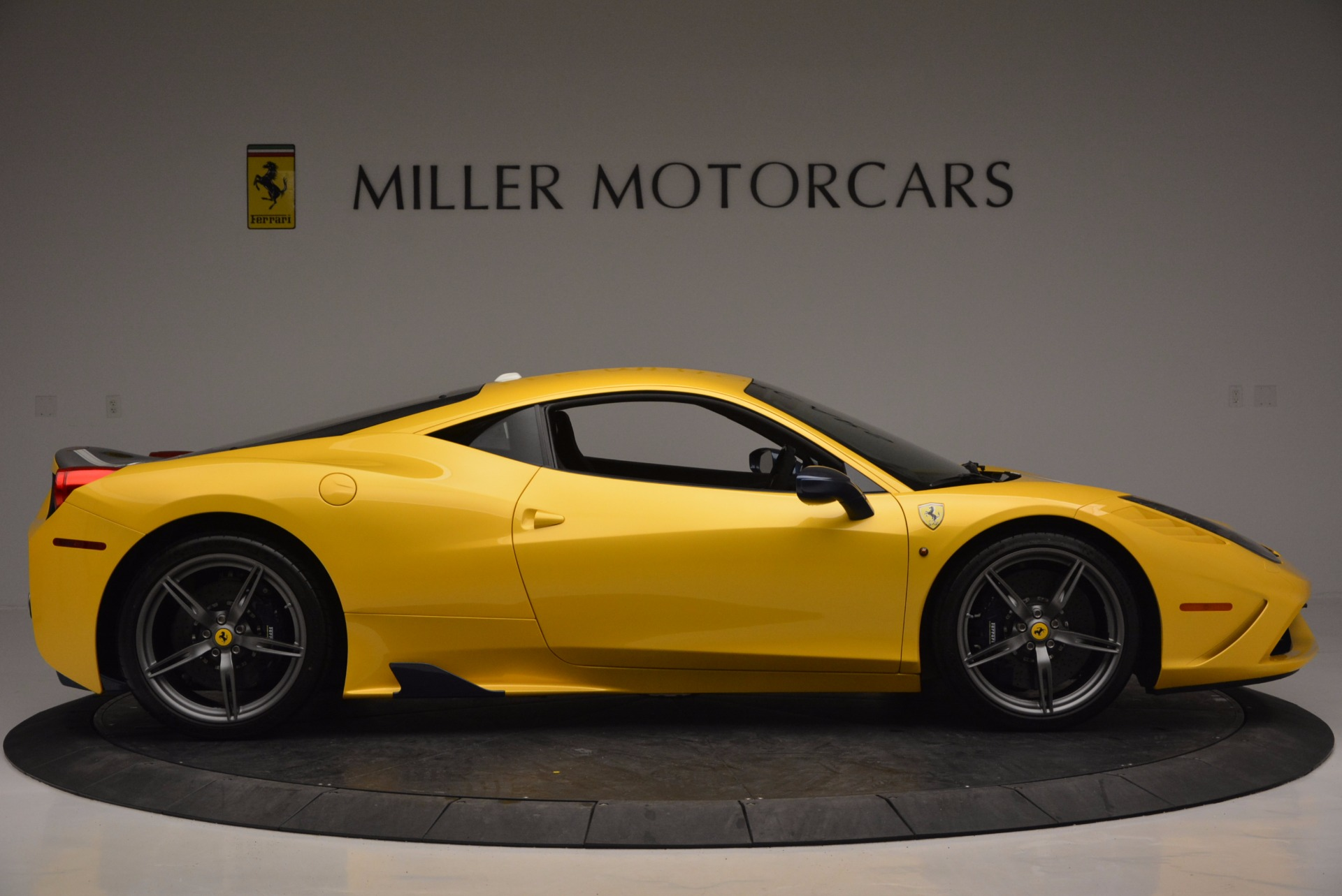 Used 2015 Ferrari 458 Speciale  For Sale In Westport, CT 857_p9
