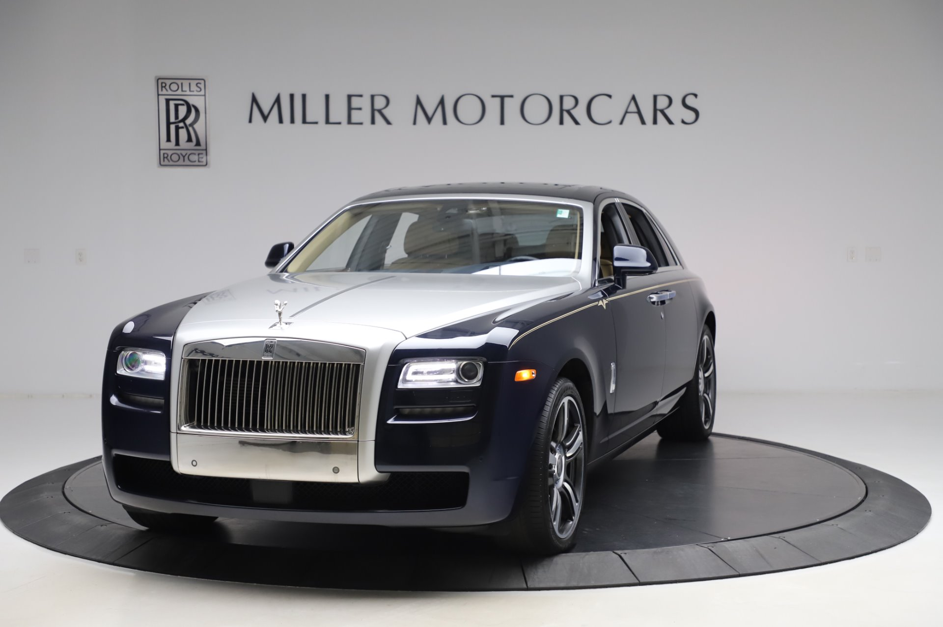 Used 2014 Rolls-Royce Ghost V-Spec For Sale In Westport, CT 858_main