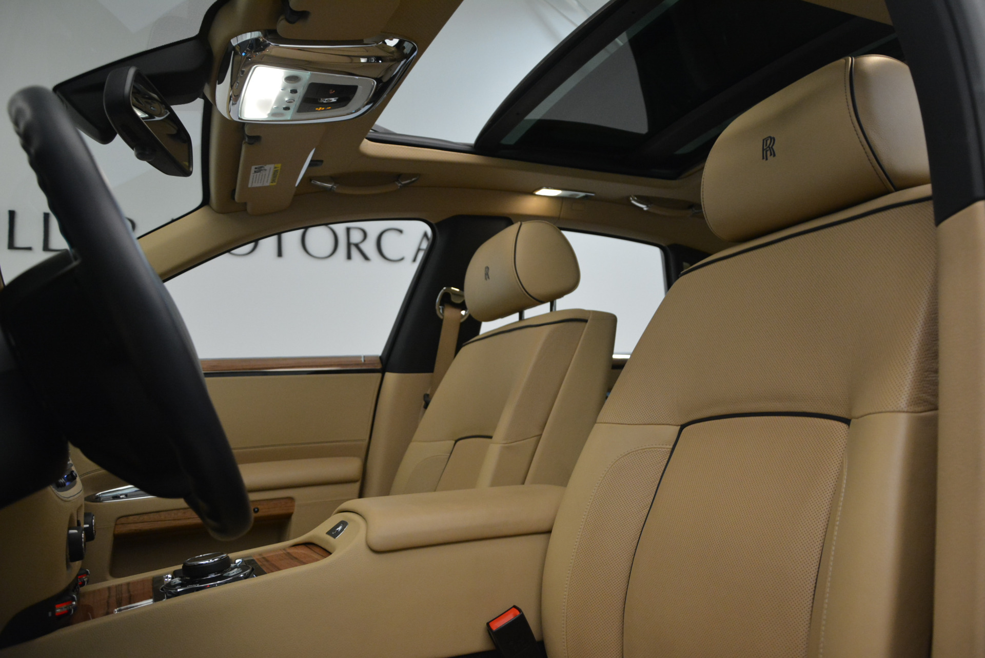 Used 2014 Rolls-Royce Ghost V-Spec For Sale In Westport, CT 858_p22