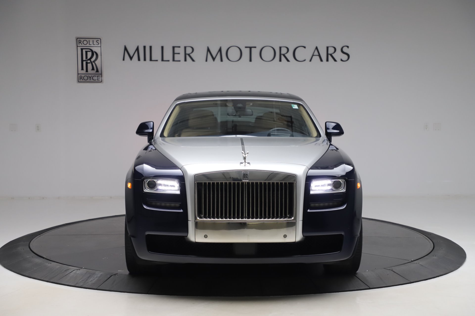 Used 2014 Rolls-Royce Ghost V-Spec For Sale In Westport, CT 858_p2