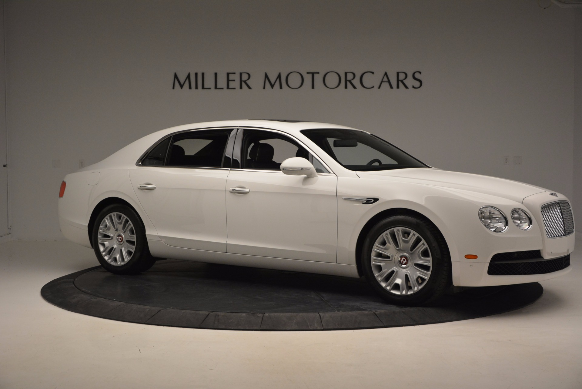 Used 2016 Bentley Flying Spur V8 For Sale In Westport, CT 874_p10