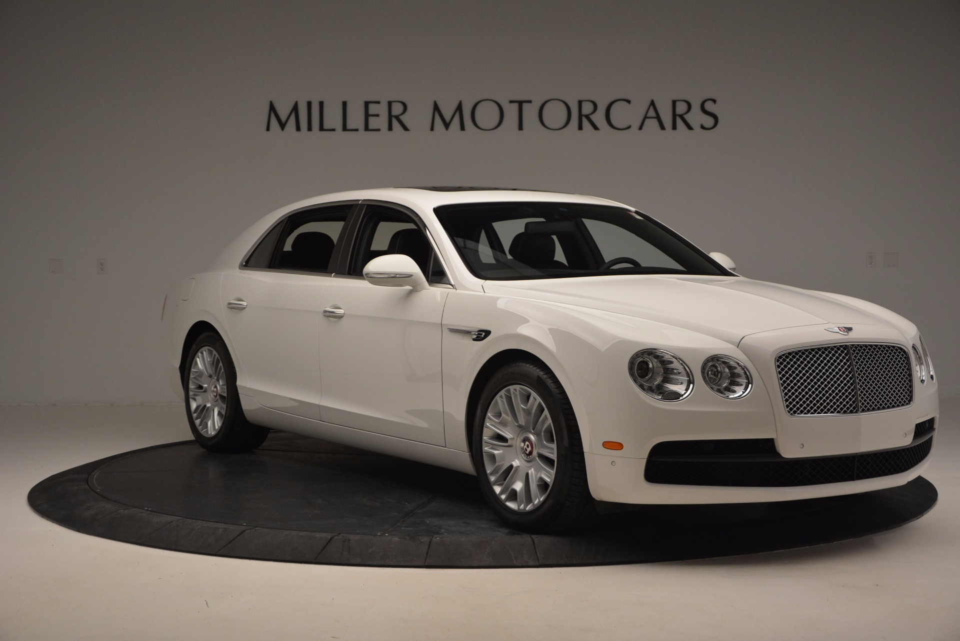 Used 2016 Bentley Flying Spur V8 For Sale In Westport, CT 874_p11