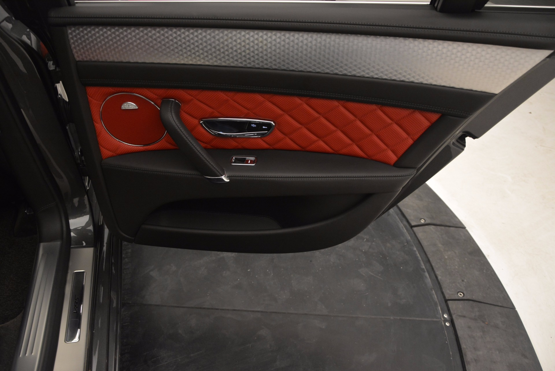 Used 2017 Bentley Flying Spur V8 S For Sale In Westport, CT 875_p48