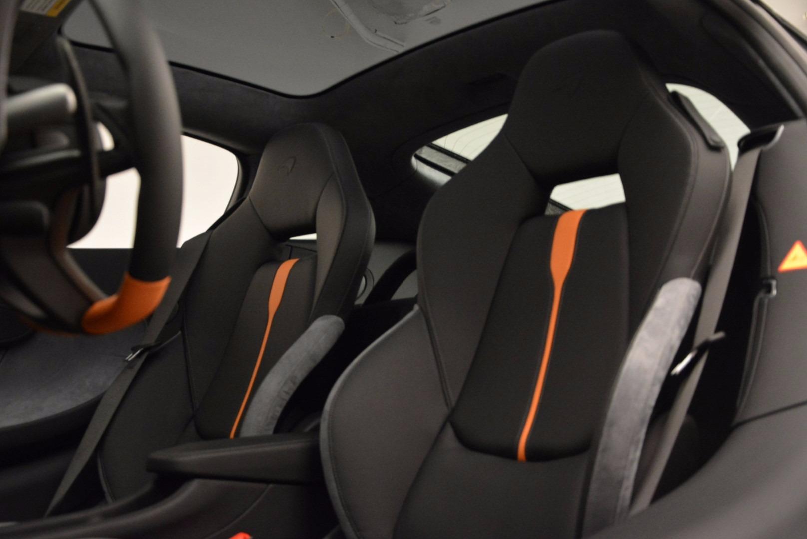 New 2017 McLaren 570GT  For Sale In Westport, CT 882_p18