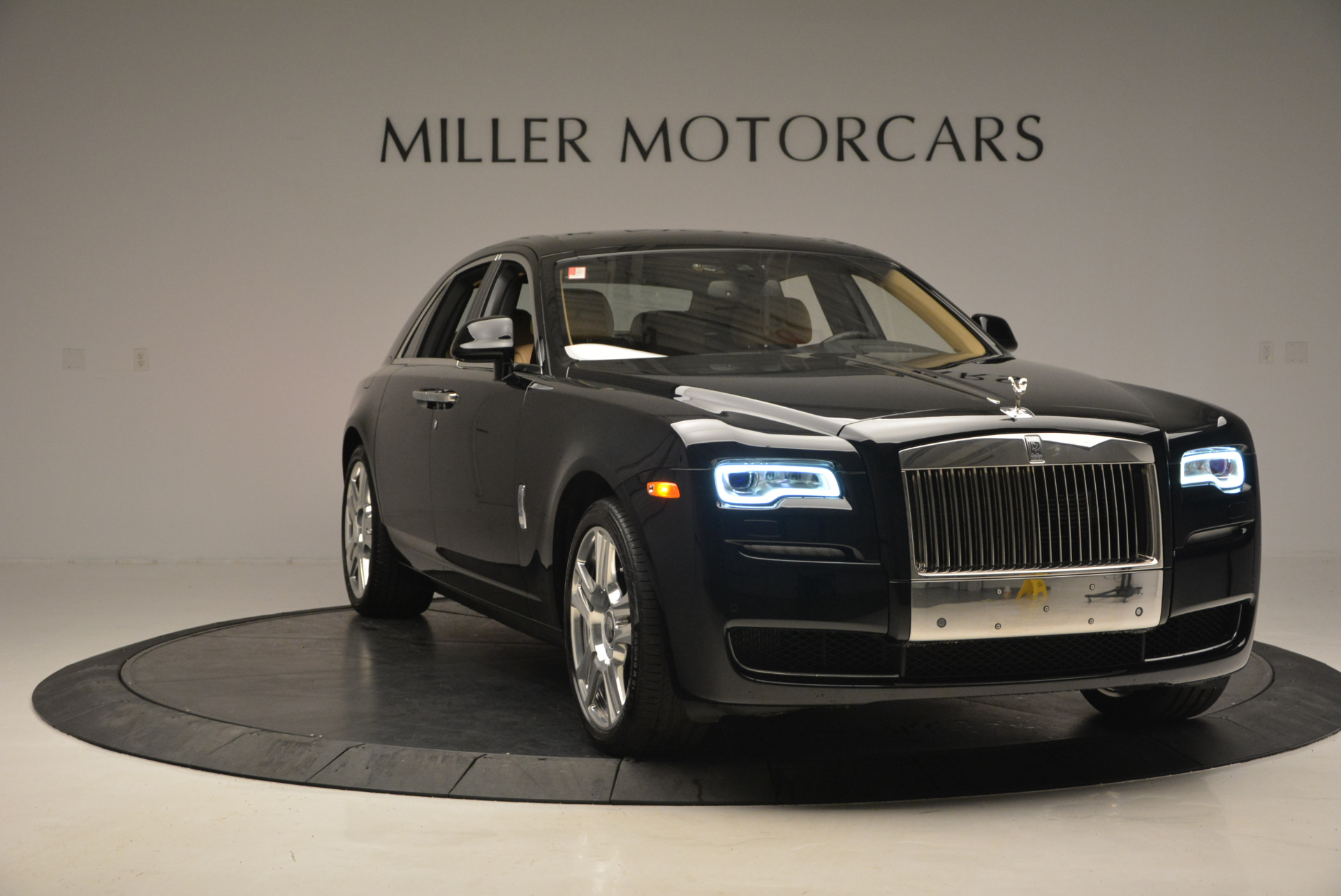 Used 2016 Rolls-Royce Ghost  For Sale In Westport, CT 898_p12