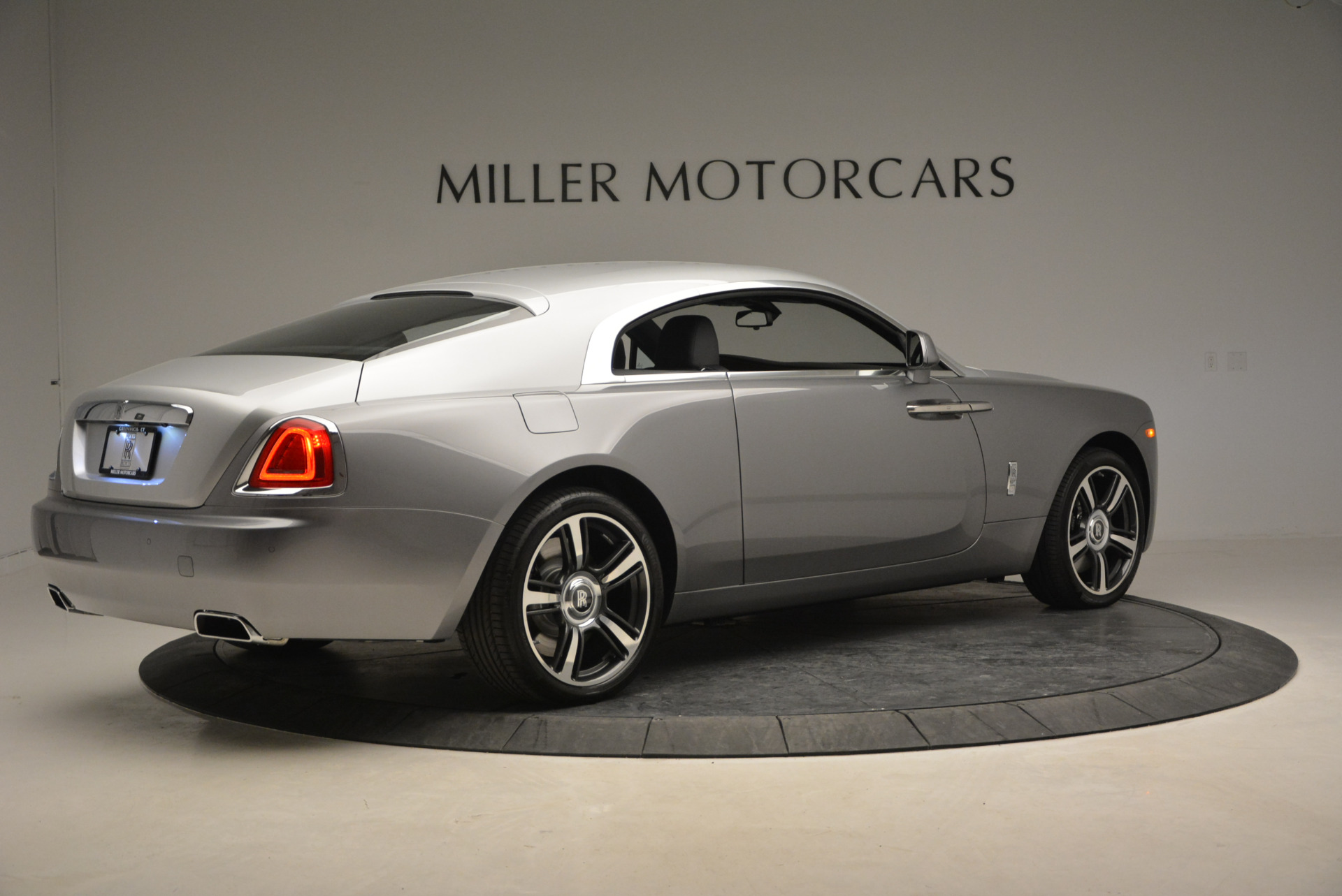 Used 2015 Rolls-Royce Wraith  For Sale In Westport, CT 906_p10