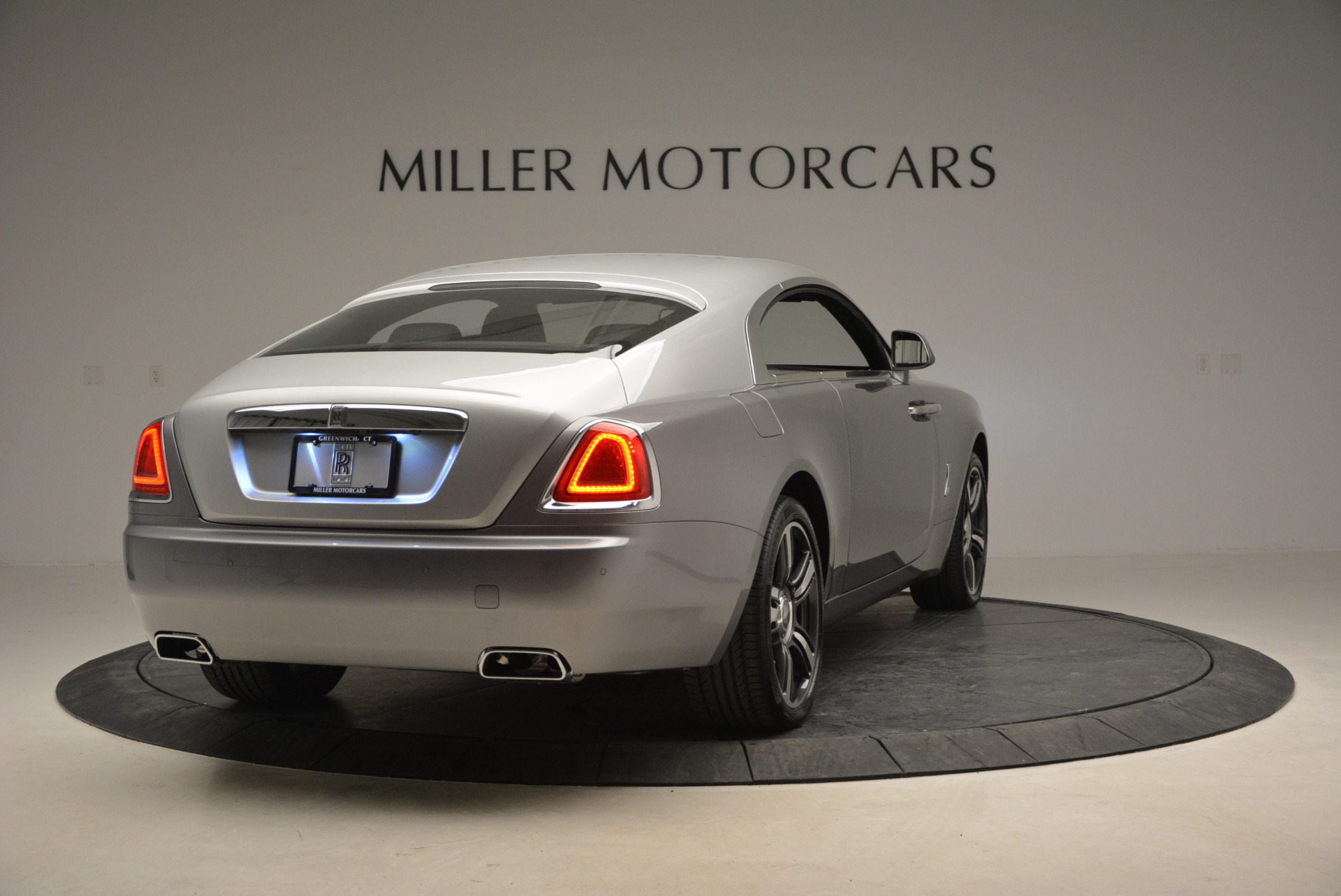 Used 2015 Rolls-Royce Wraith  For Sale In Westport, CT 906_p9