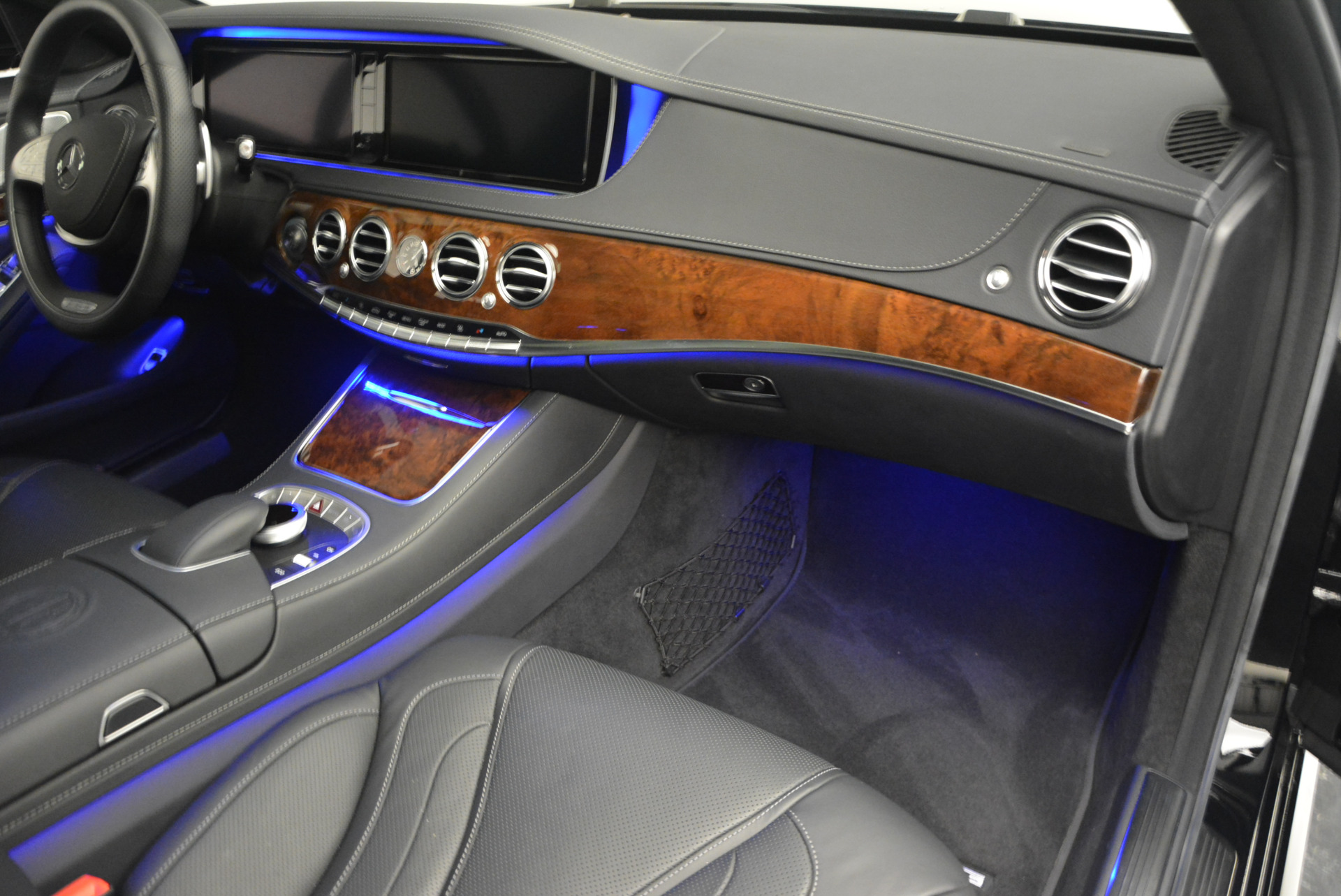 Used 2014 Mercedes Benz S-Class S 63 AMG For Sale In Westport, CT 912_p23