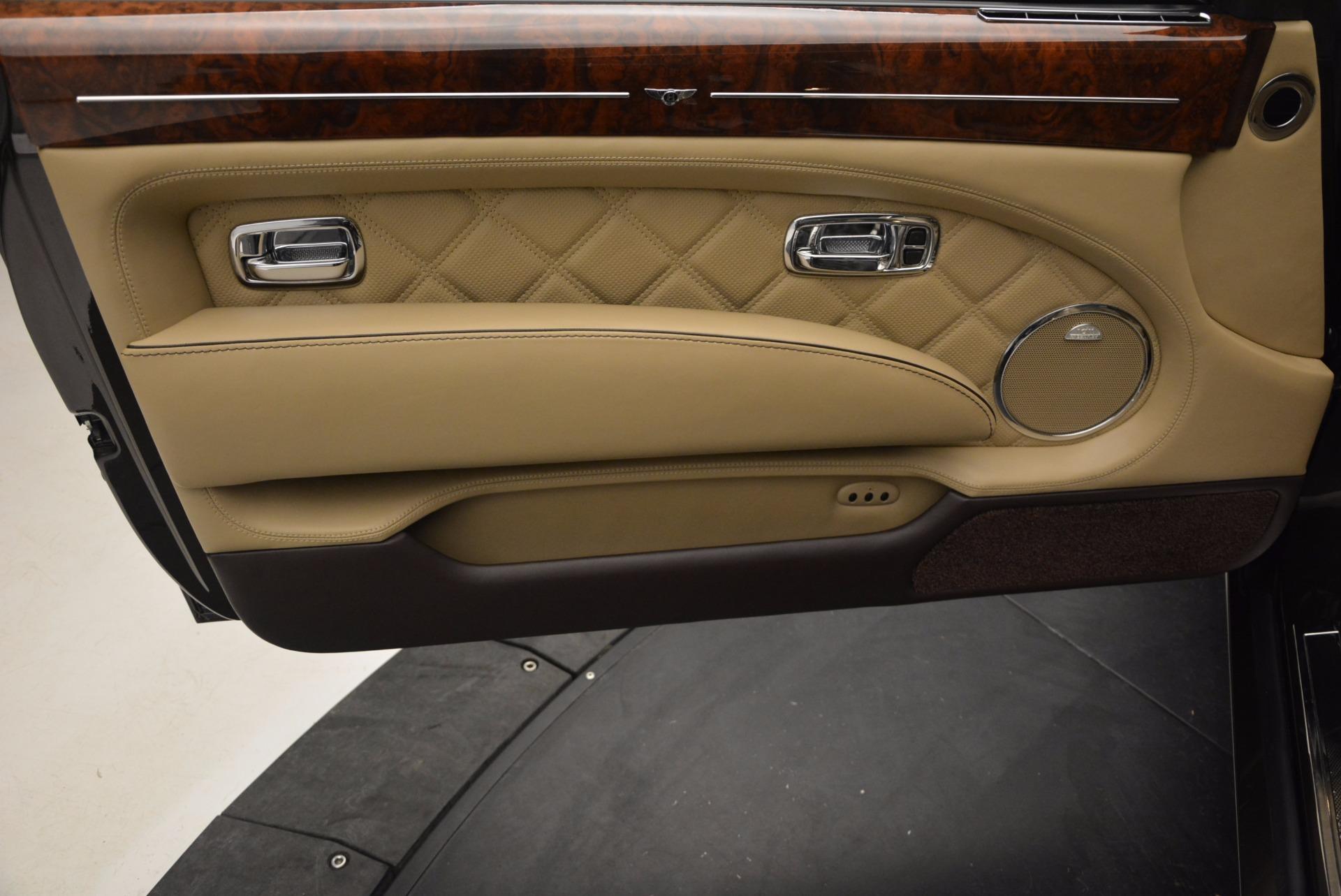Used 2009 Bentley Brooklands  For Sale In Westport, CT 925_p18