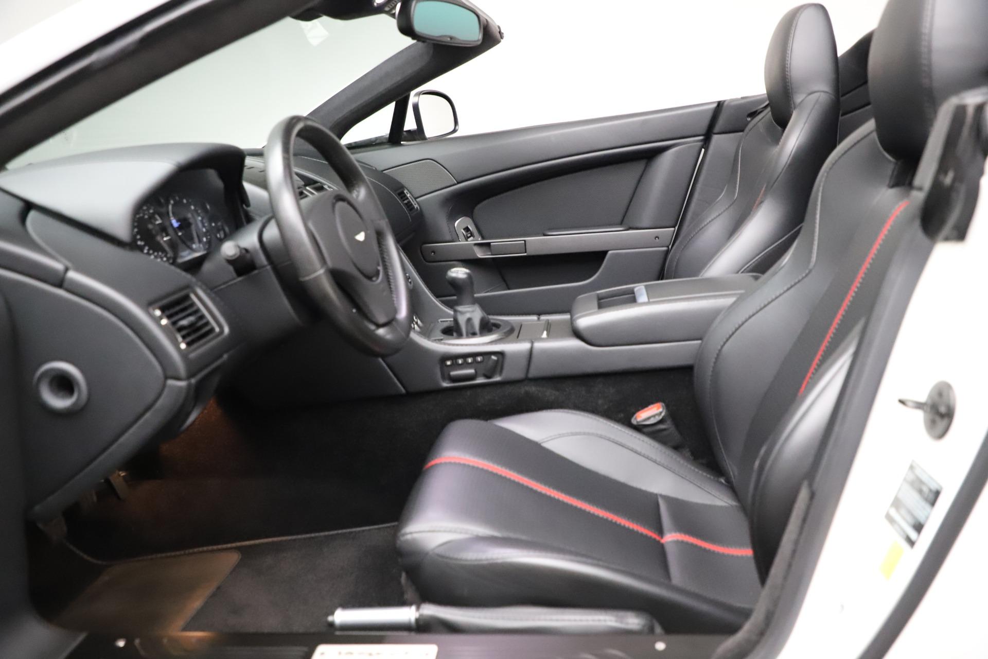 New 2015 Aston Martin Vantage GT GT Roadster For Sale In Westport, CT 93_p15