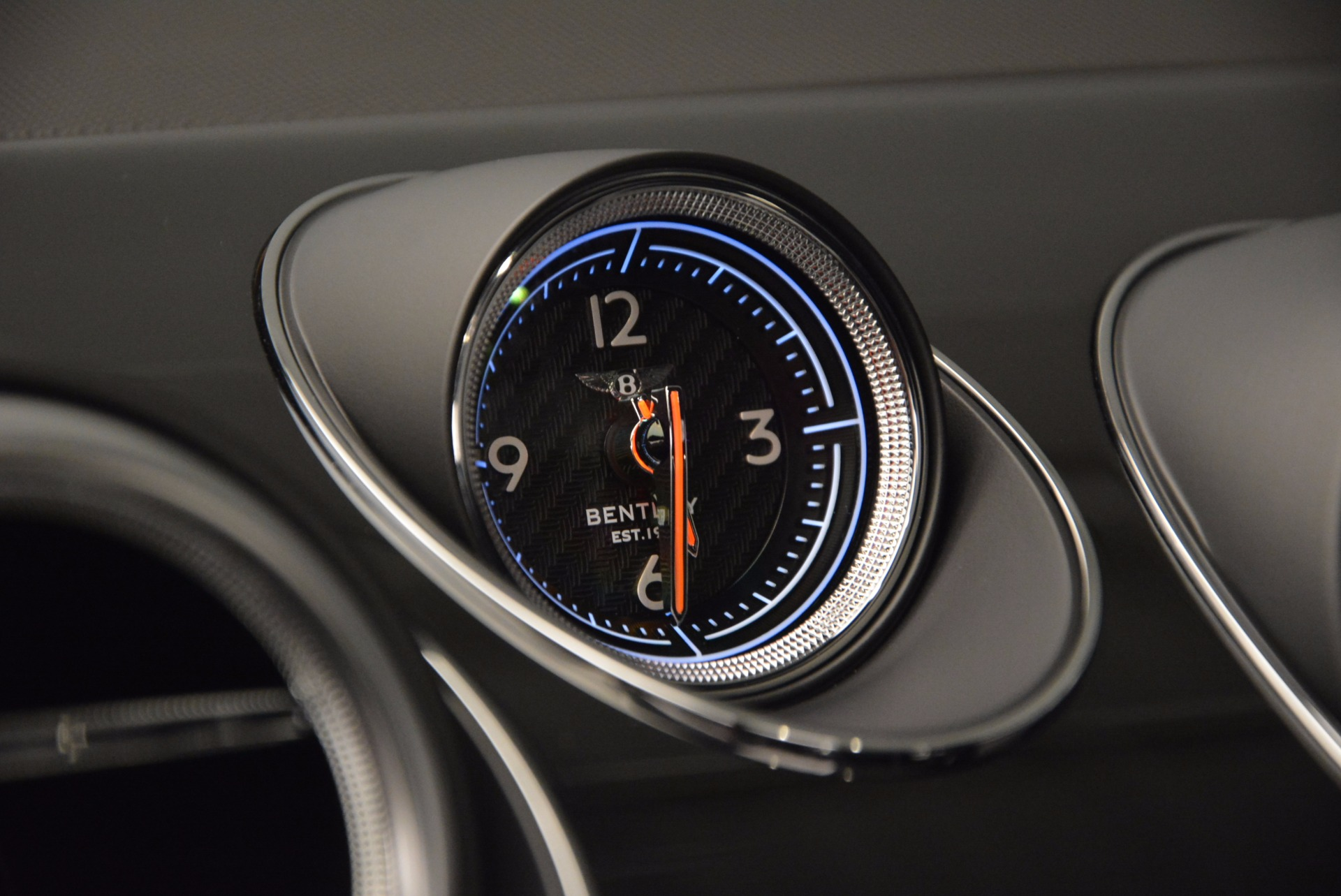 New 2017 Bentley Bentayga  For Sale In Westport, CT 941_p26