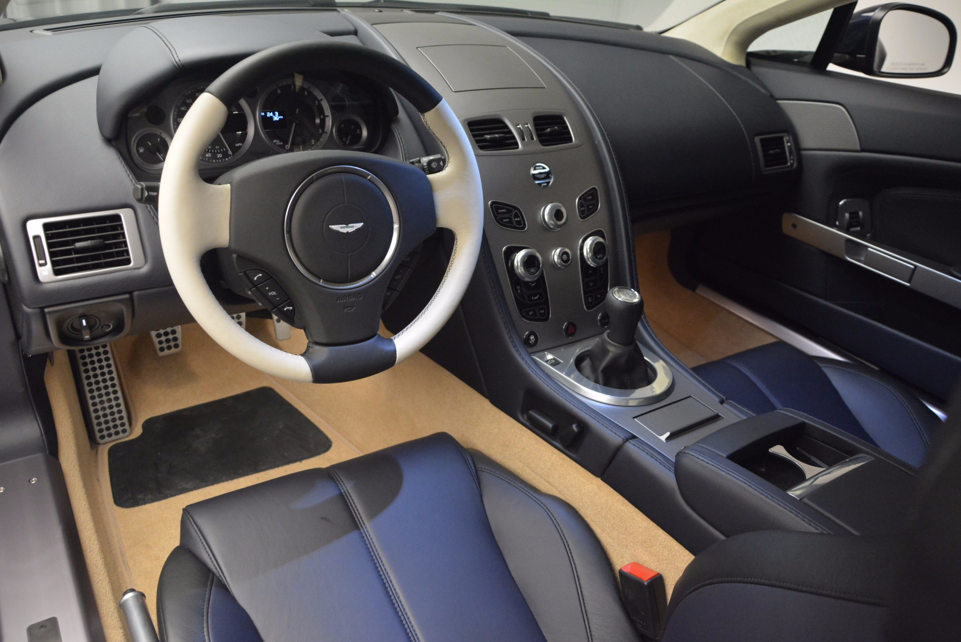 Used 2016 Aston Martin V8 Vantage  For Sale In Westport, CT 942_p14