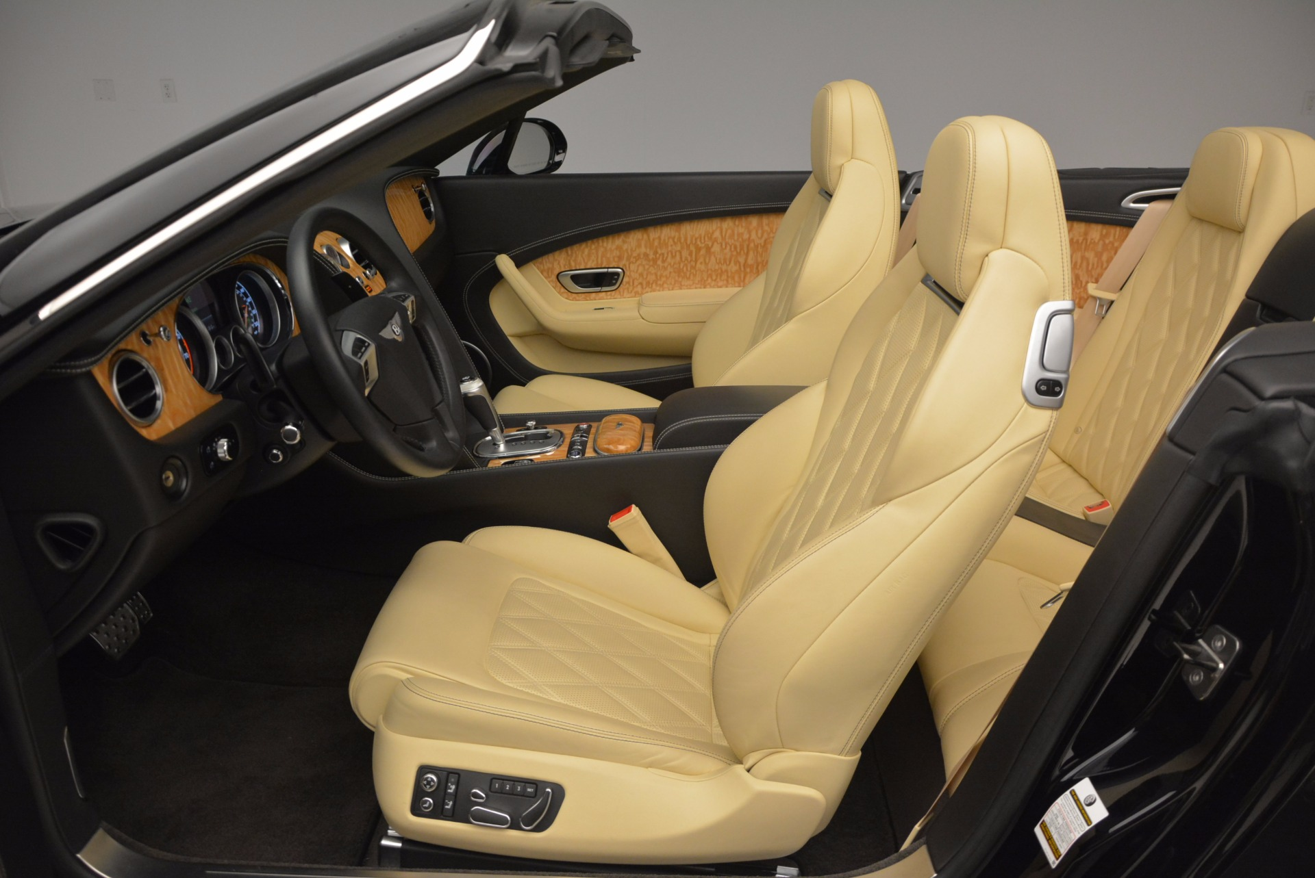 Used 2013 Bentley Continental GT V8 For Sale In Westport, CT 945_p36