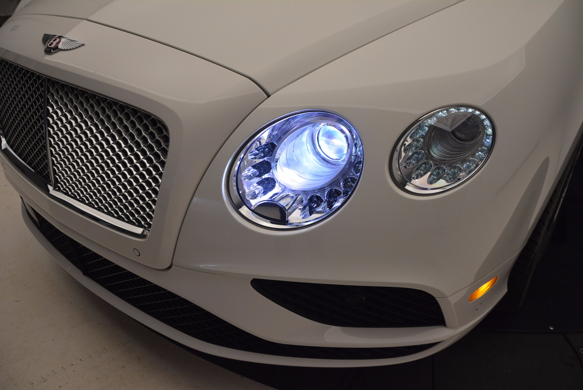 Used 2016 Bentley Continental GT V8 For Sale In Westport, CT 946_p16