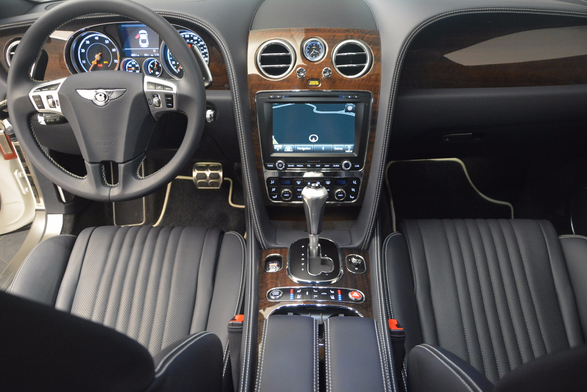 Used 2016 Bentley Continental GT V8 For Sale In Westport, CT 946_p27