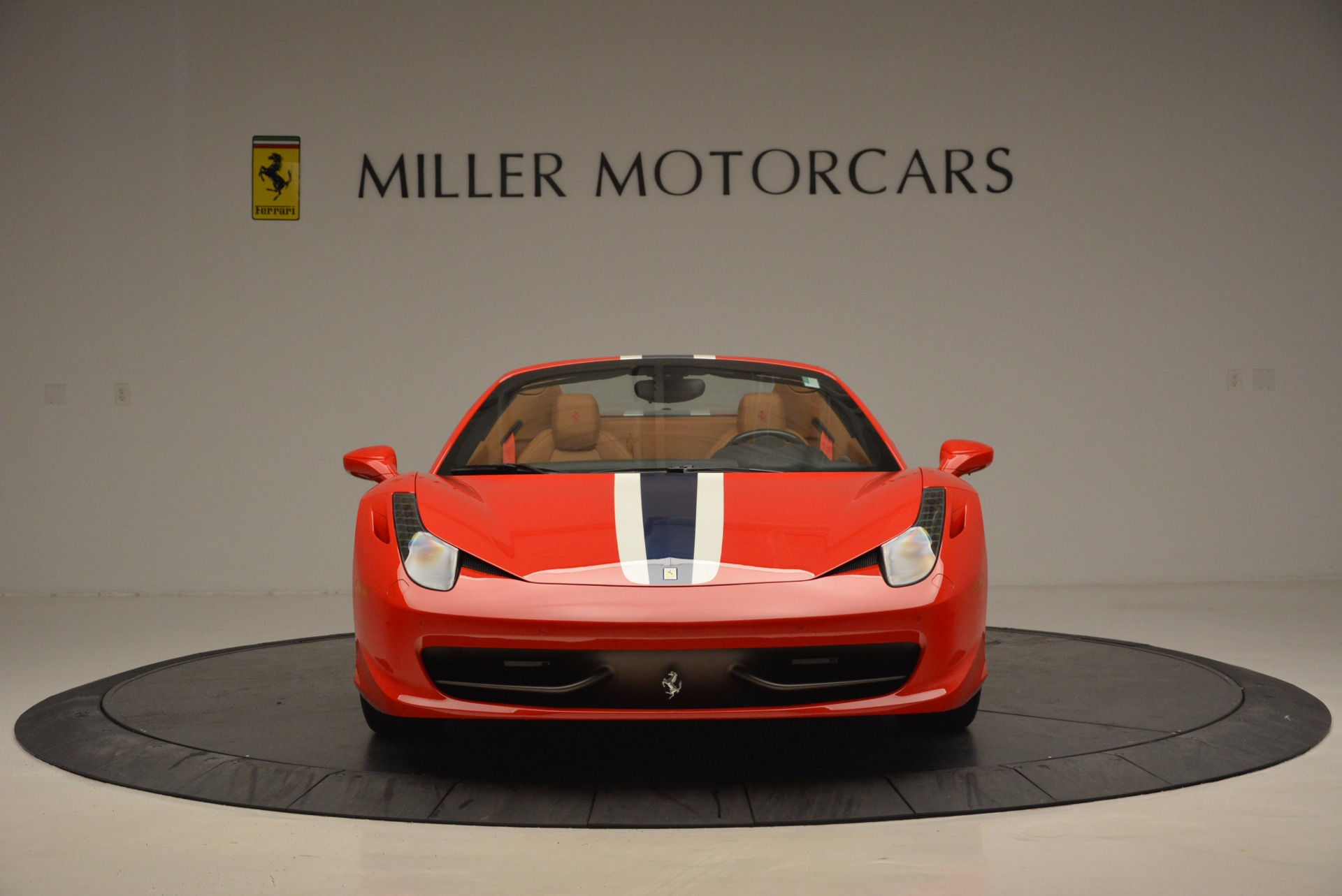 Used 2014 Ferrari 458 Spider  For Sale In Westport, CT 952_p12