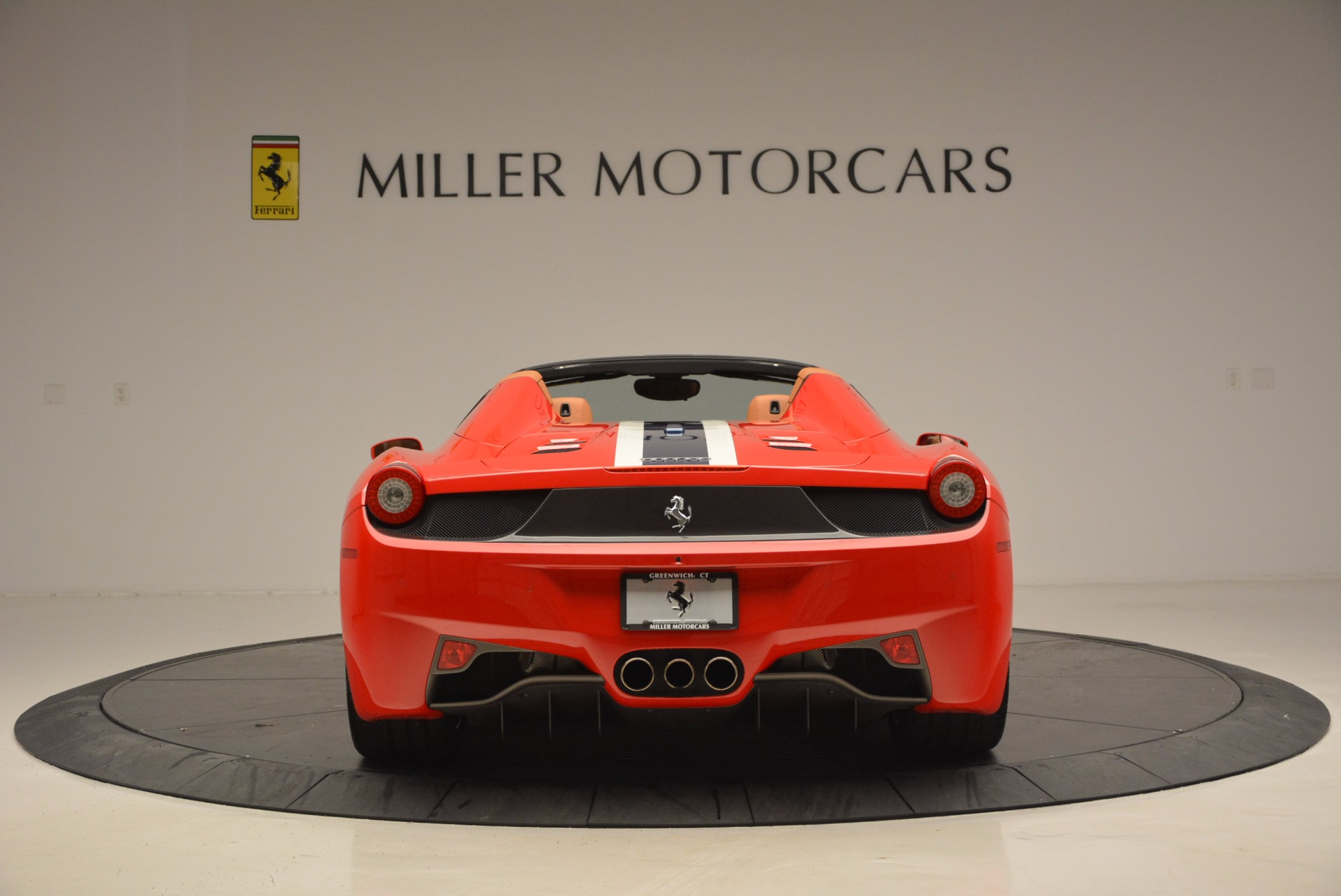 Used 2014 Ferrari 458 Spider  For Sale In Westport, CT 952_p6