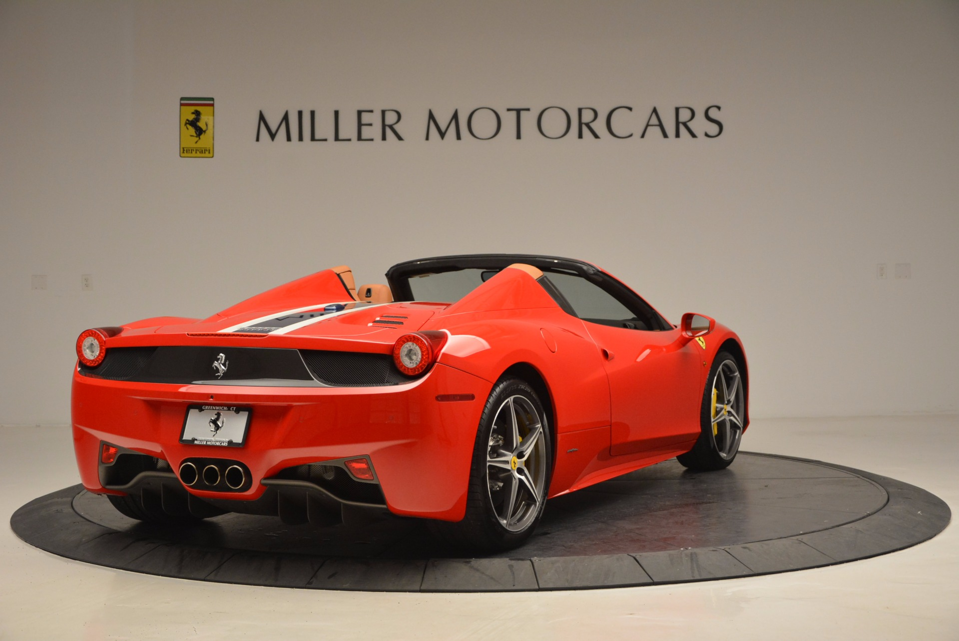 Used 2014 Ferrari 458 Spider  For Sale In Westport, CT 952_p7