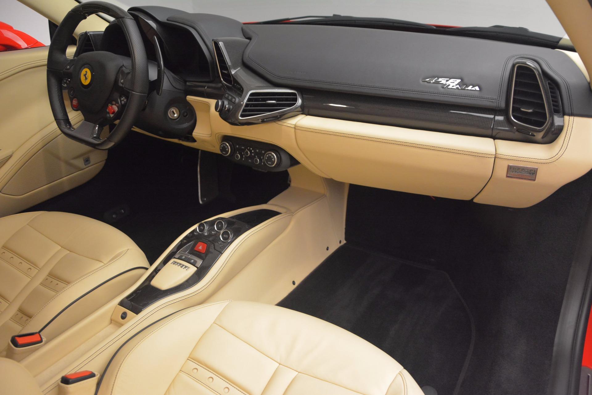Used 2011 Ferrari 458 Italia  For Sale In Westport, CT 953_p17