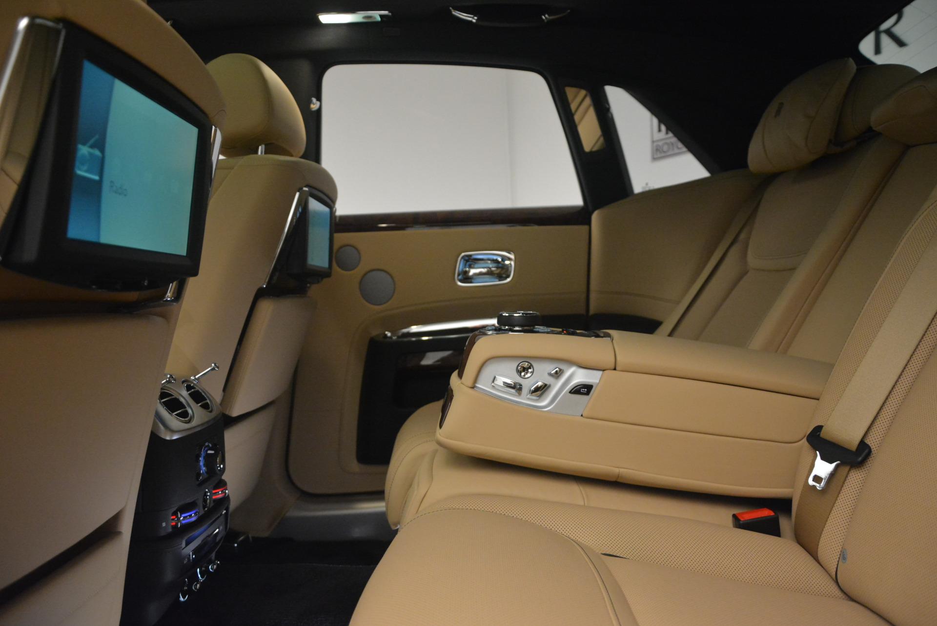 Used 2017 Rolls-Royce Ghost  For Sale In Westport, CT 954_p27