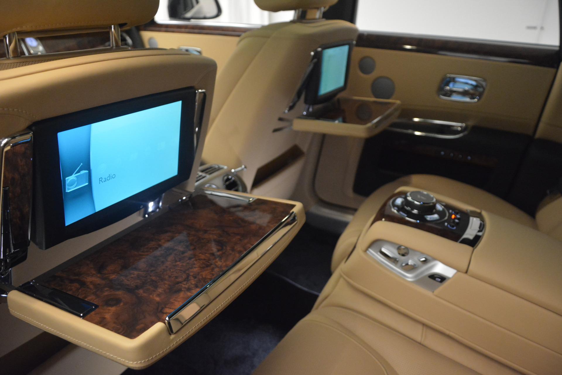 Used 2017 Rolls-Royce Ghost  For Sale In Westport, CT 954_p28