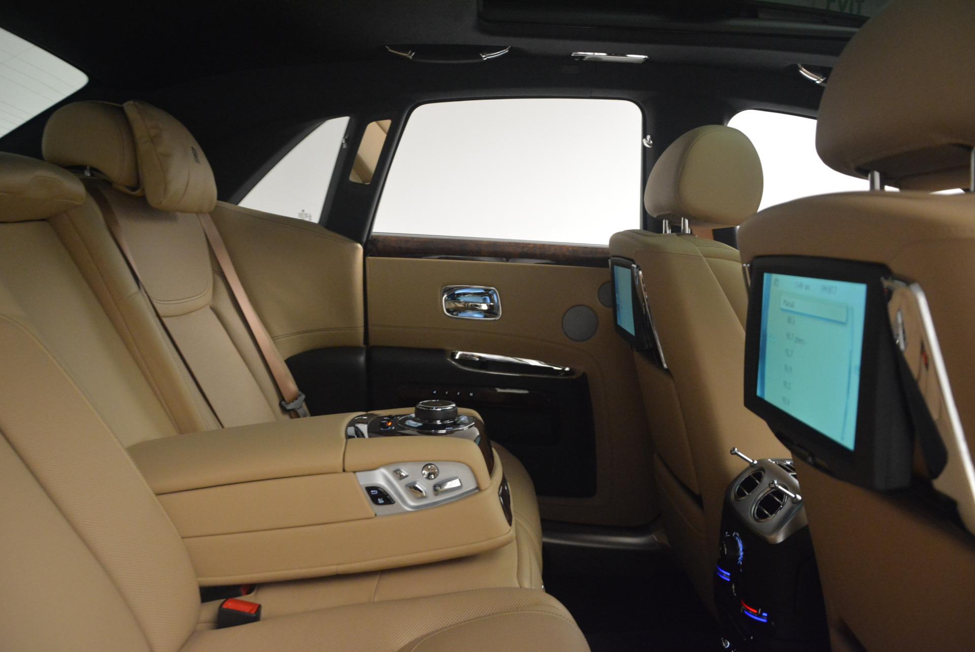 Used 2017 Rolls-Royce Ghost  For Sale In Westport, CT 954_p39