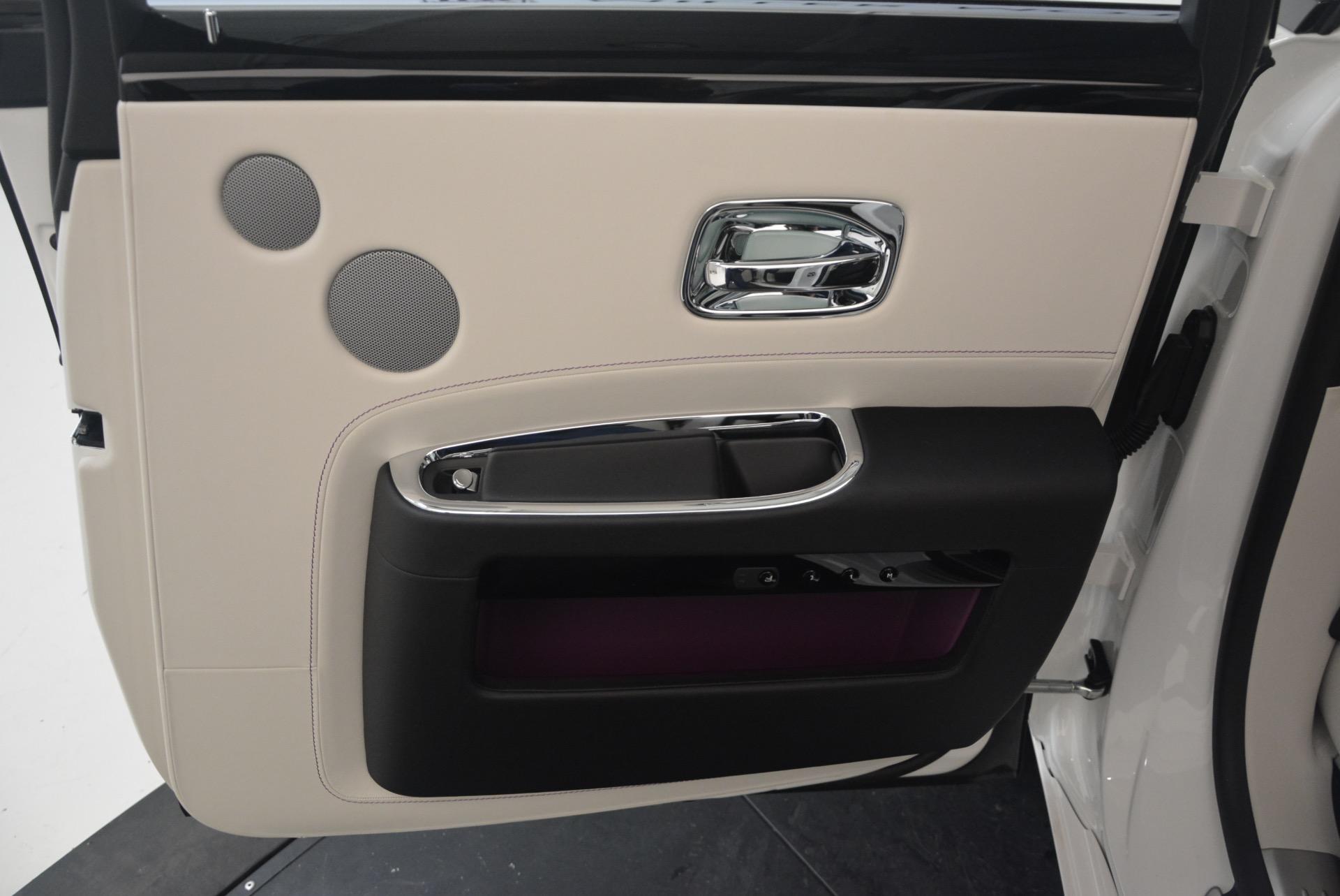 Used 2017 Rolls-Royce Ghost  For Sale In Westport, CT 971_p35