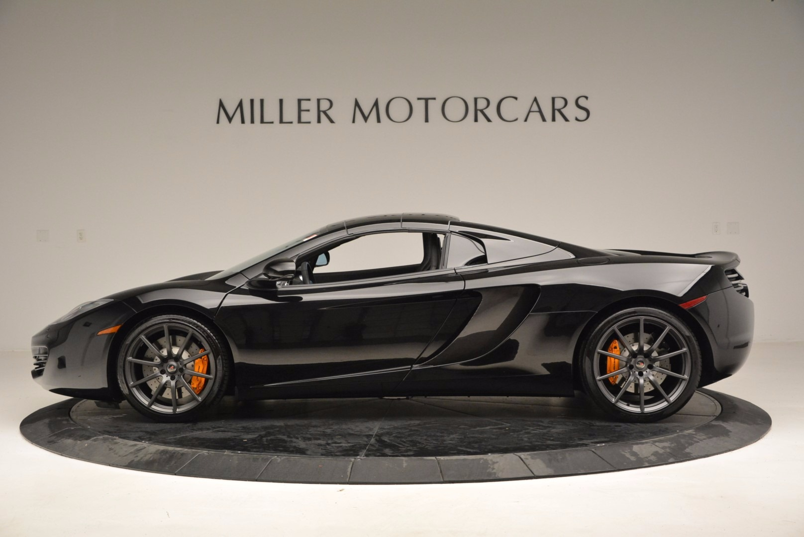 Used 2013 McLaren 12C Spider  For Sale In Westport, CT 973_p16