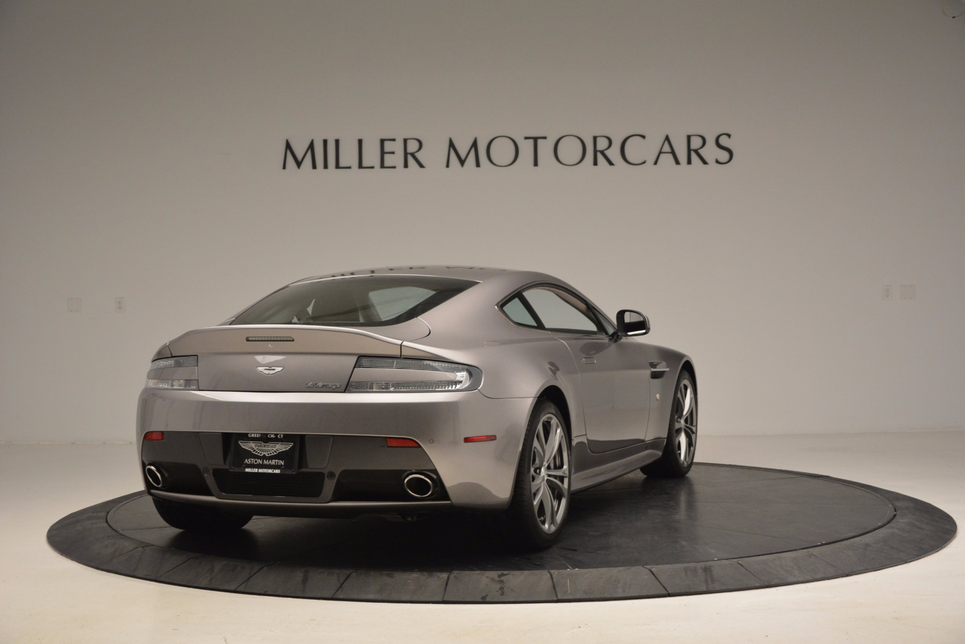 Used 2012 Aston Martin V12 Vantage  For Sale In Westport, CT 994_p7