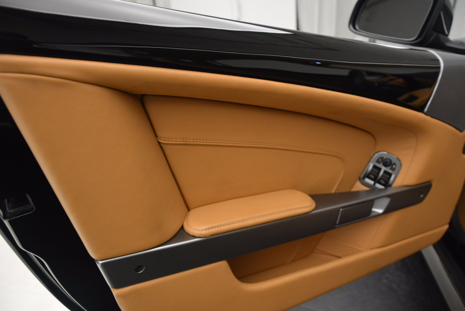 Used 2014 Aston Martin DB9  For Sale In Westport, CT 997_p18