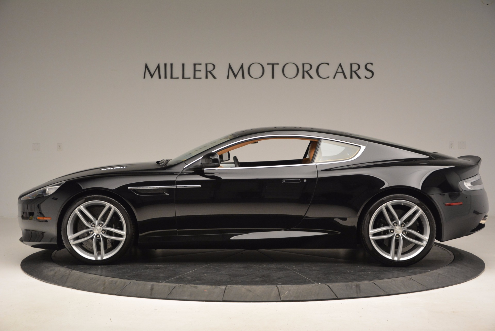 Used 2014 Aston Martin DB9  For Sale In Westport, CT 997_p3