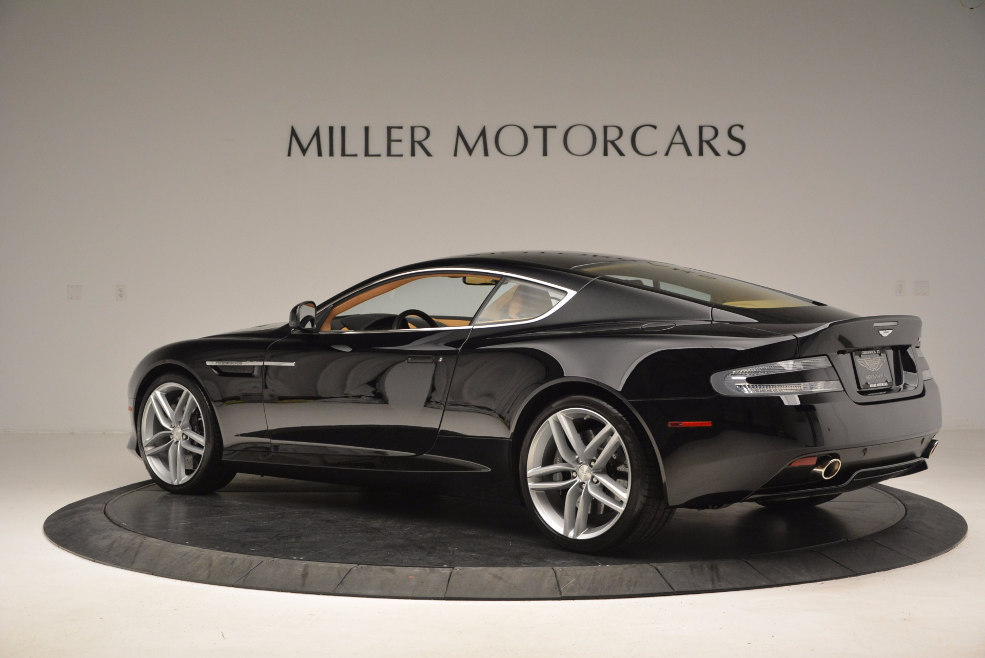 Used 2014 Aston Martin DB9  For Sale In Westport, CT 997_p4