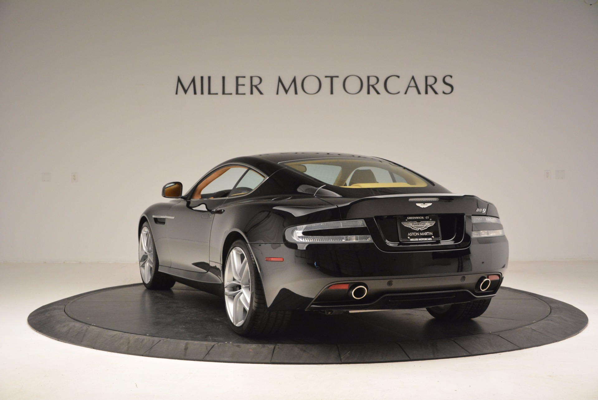 Used 2014 Aston Martin DB9  For Sale In Westport, CT 997_p5