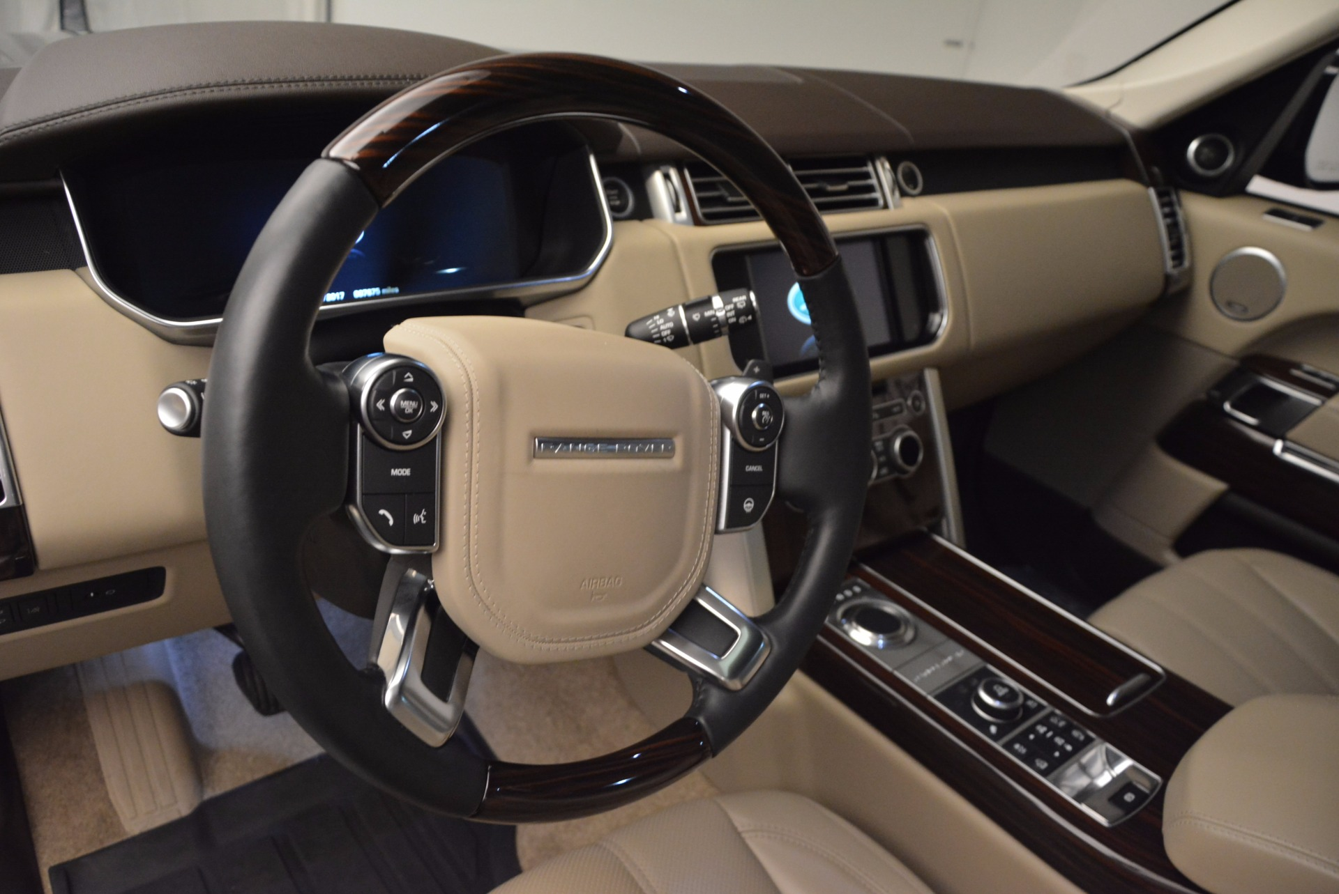 Used 2016 Land Rover Range Rover HSE TD6 For Sale In Westport, CT 999_p19