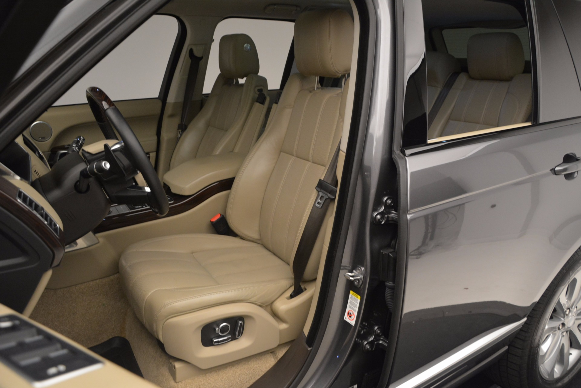 Used 2016 Land Rover Range Rover HSE TD6 For Sale In Westport, CT 999_p20